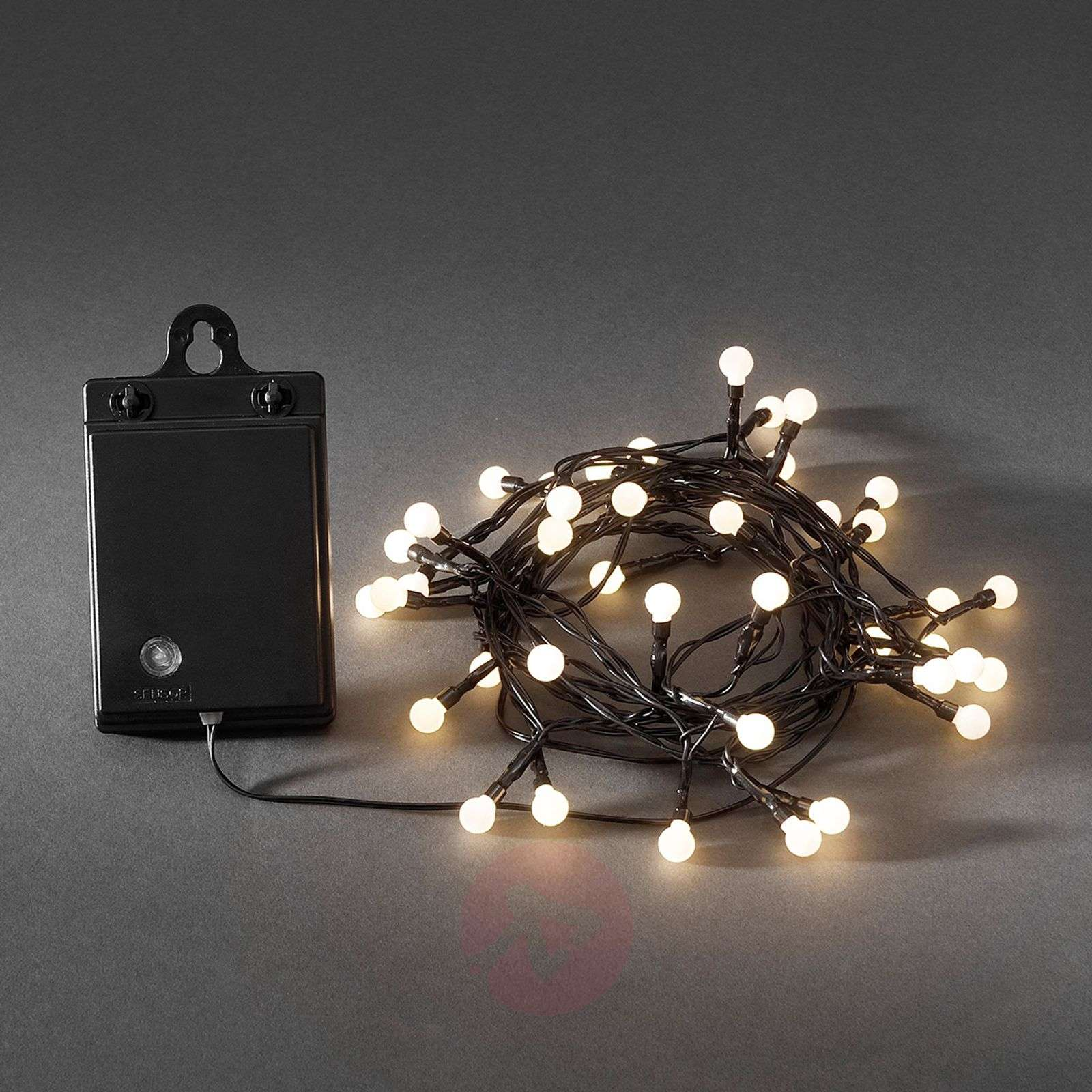 80-bulb LED outdoor string lights ww battery-5524582-01