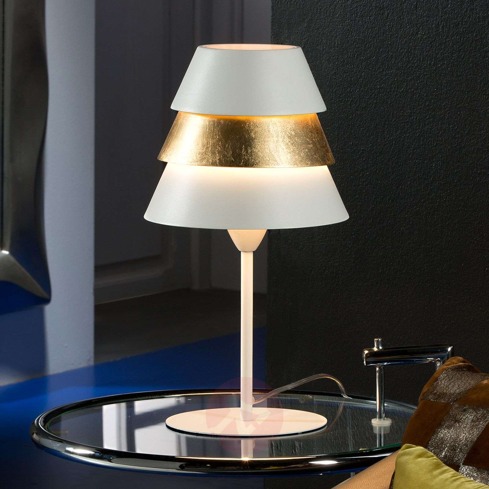 Aesthetic table lamp Isis with gold leaf-8582210-01