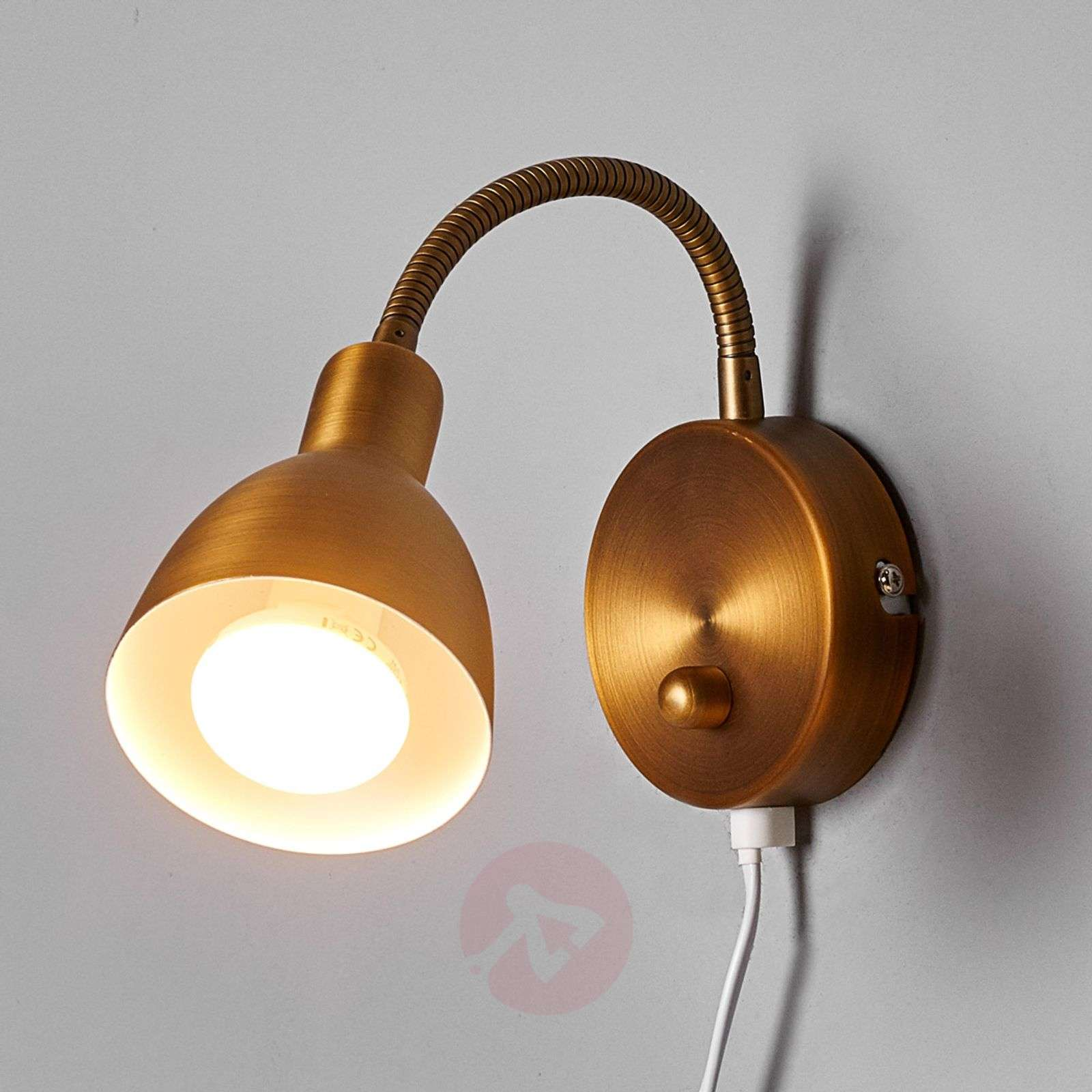 Amrei movable wall light in antique brass-9620260-01