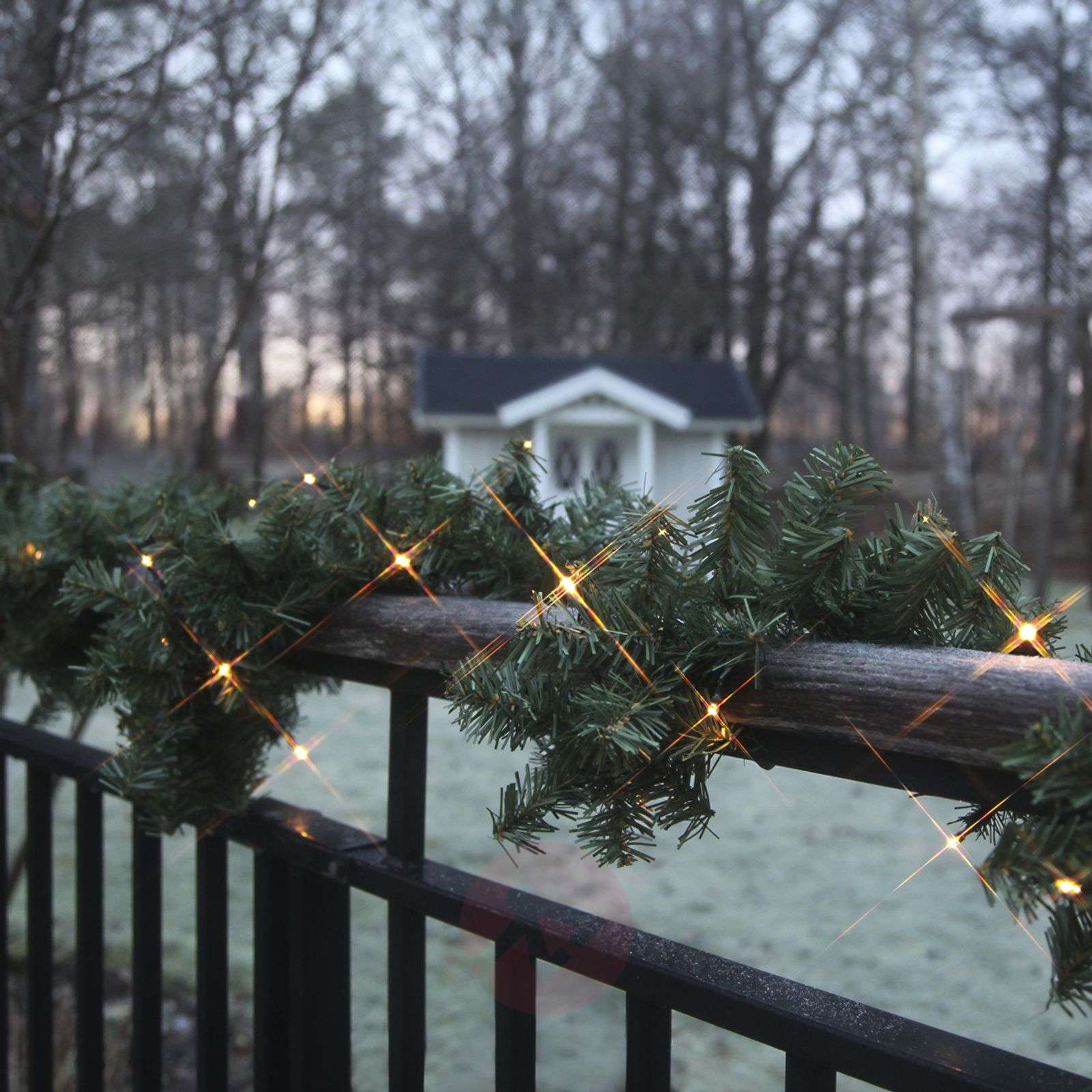 Battery-operated LED garland Canadian, 250 cm-1522941-01
