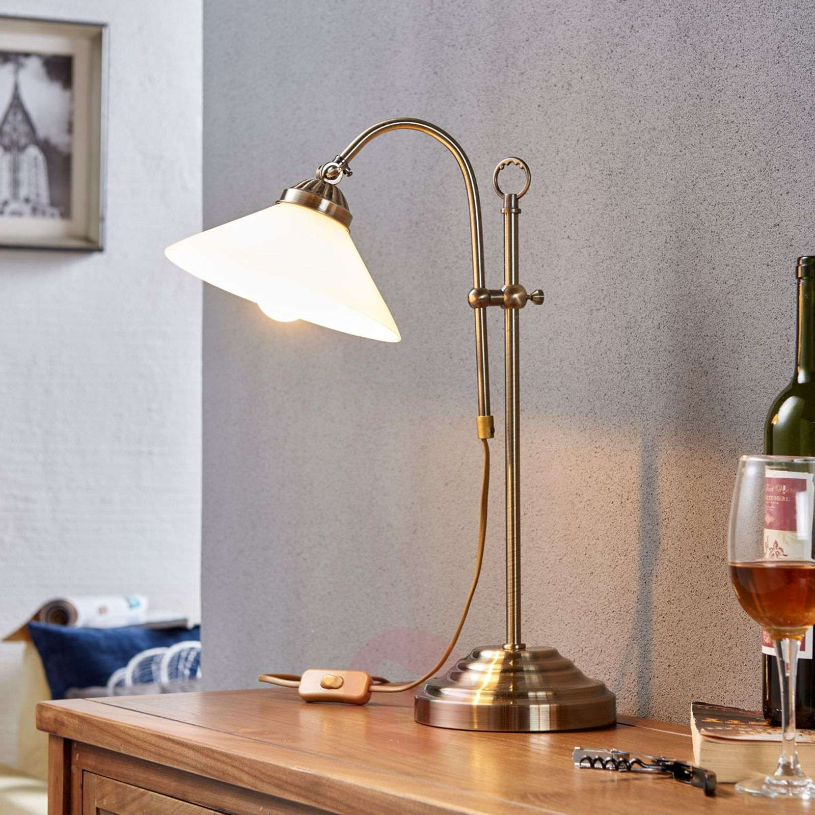 Classic table lamp Otis in antique brass-9621036-03