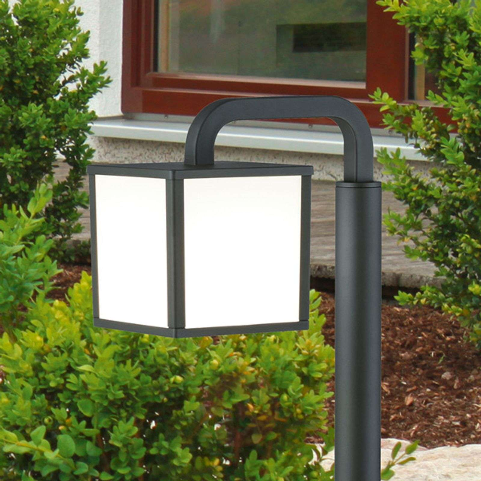 Cubango an LED path light with a lantern shape-9004727-01