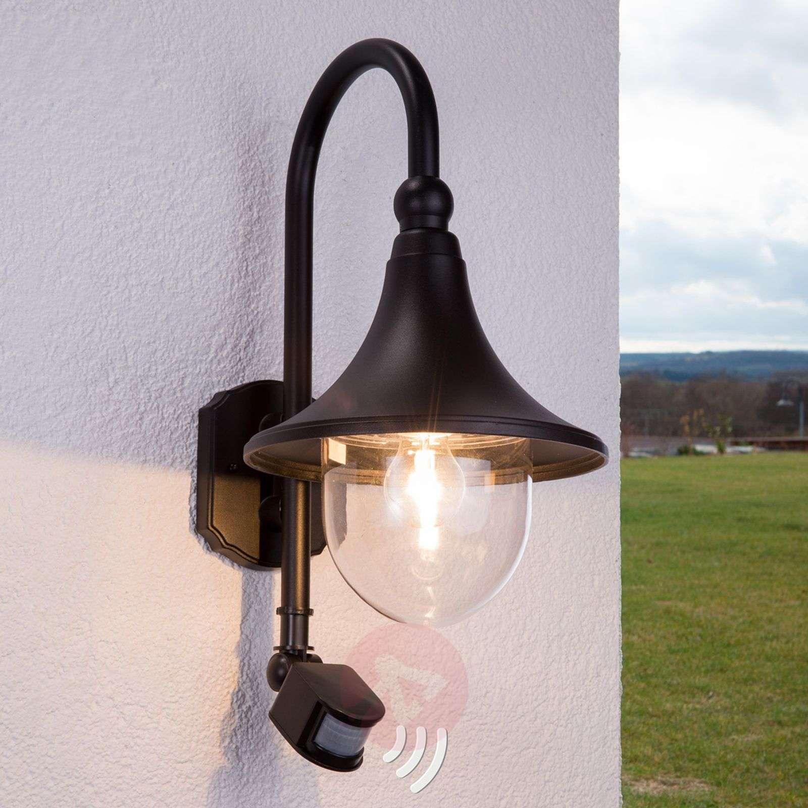 Daphne outdoor wall light with sensor, black-9611082-01