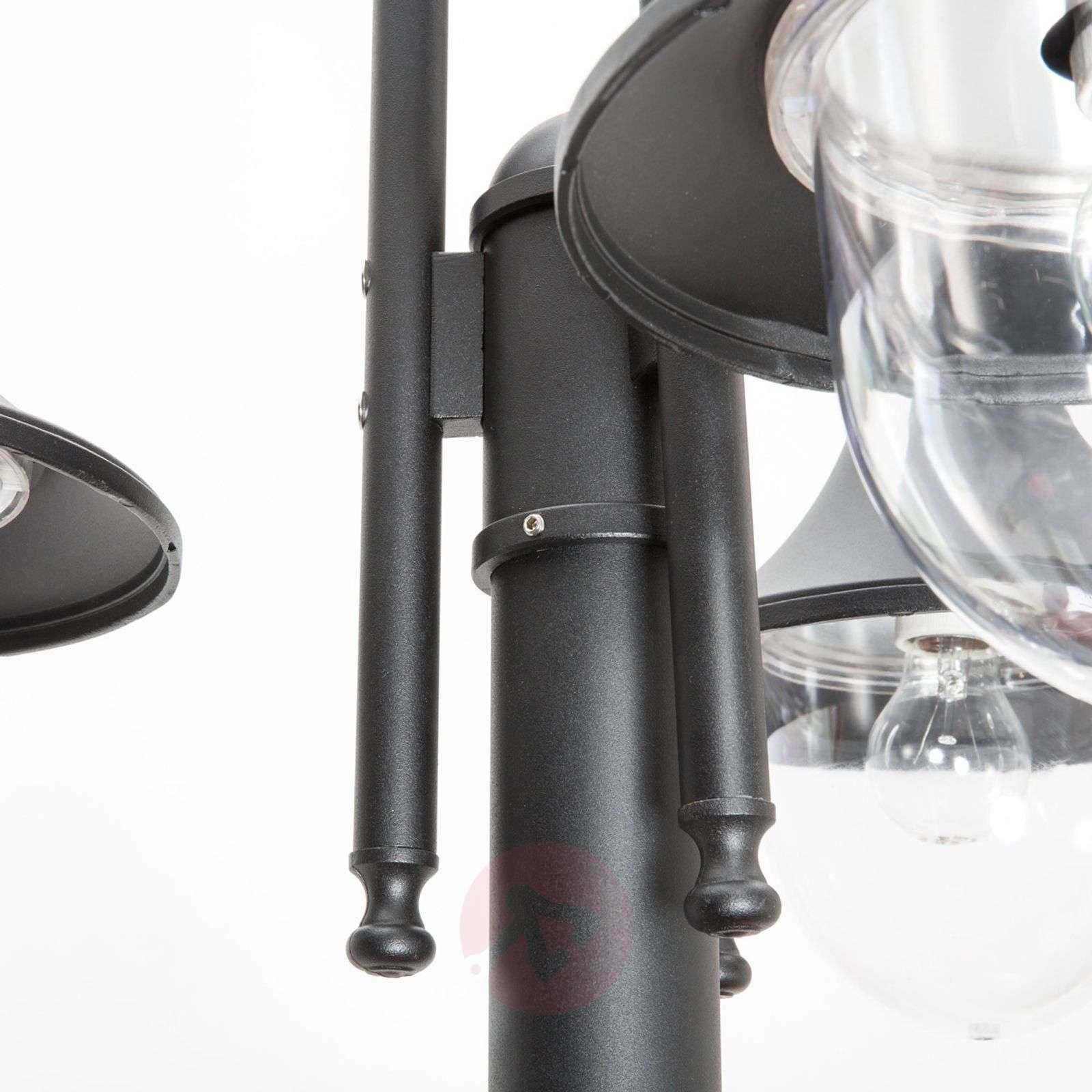 Daphne three-bulb post light-9611079-01
