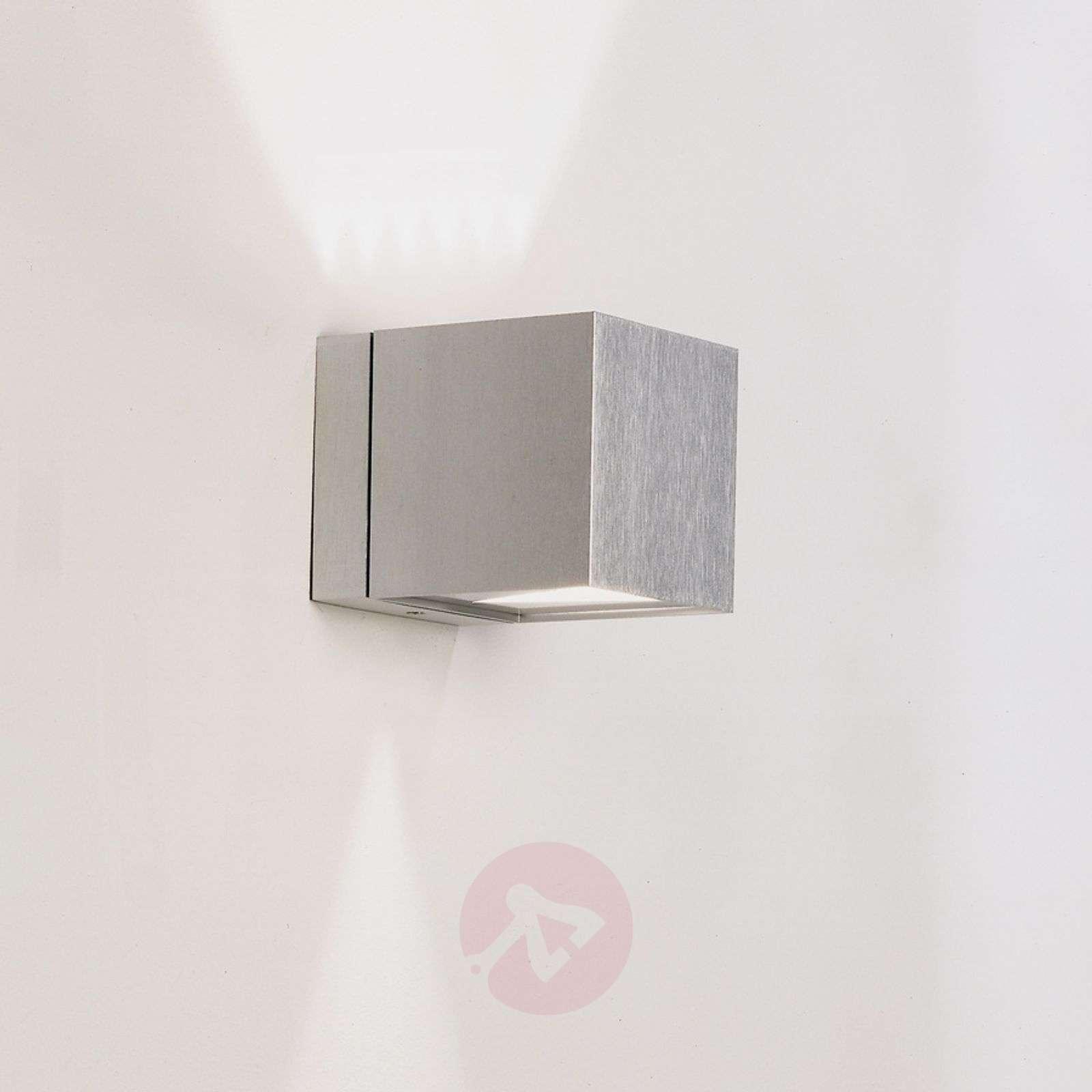 Dau cube wall light lights dau cube wall light in aluminium 6708073 01 aloadofball Image collections