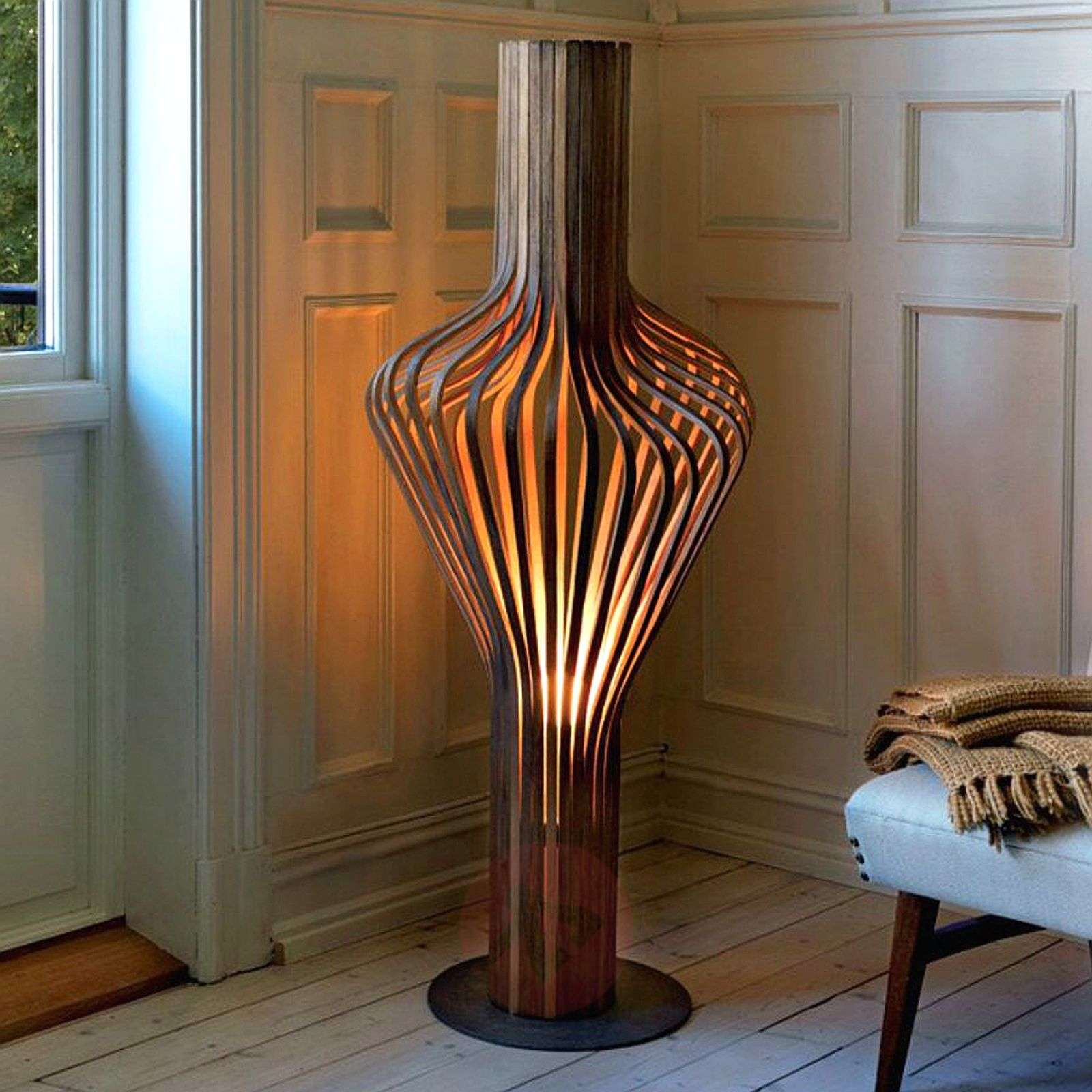 Dimmable designer floor lamp Diva, made of wood-7013001X-01