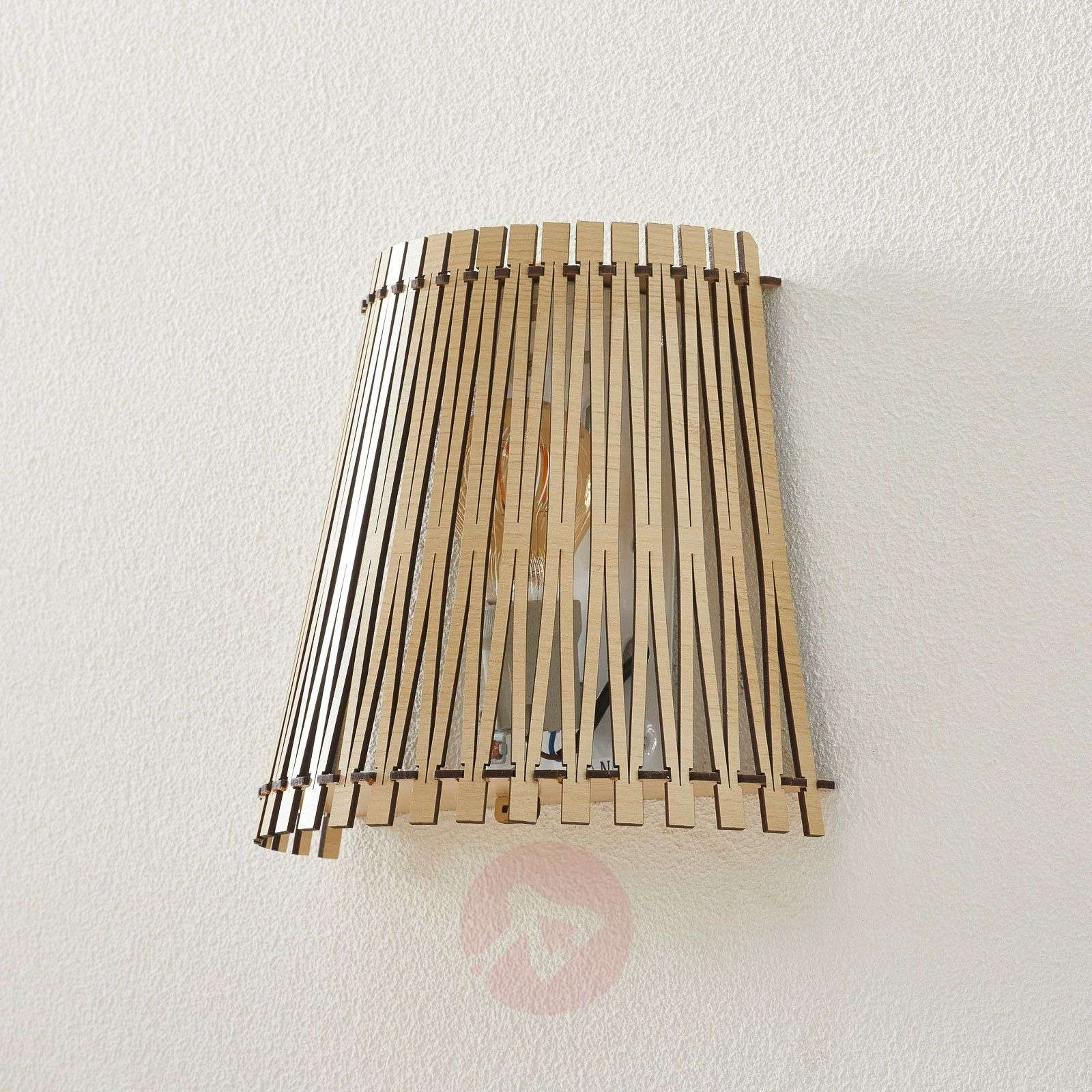 Effective wooden wall light Sendero-3031913-01