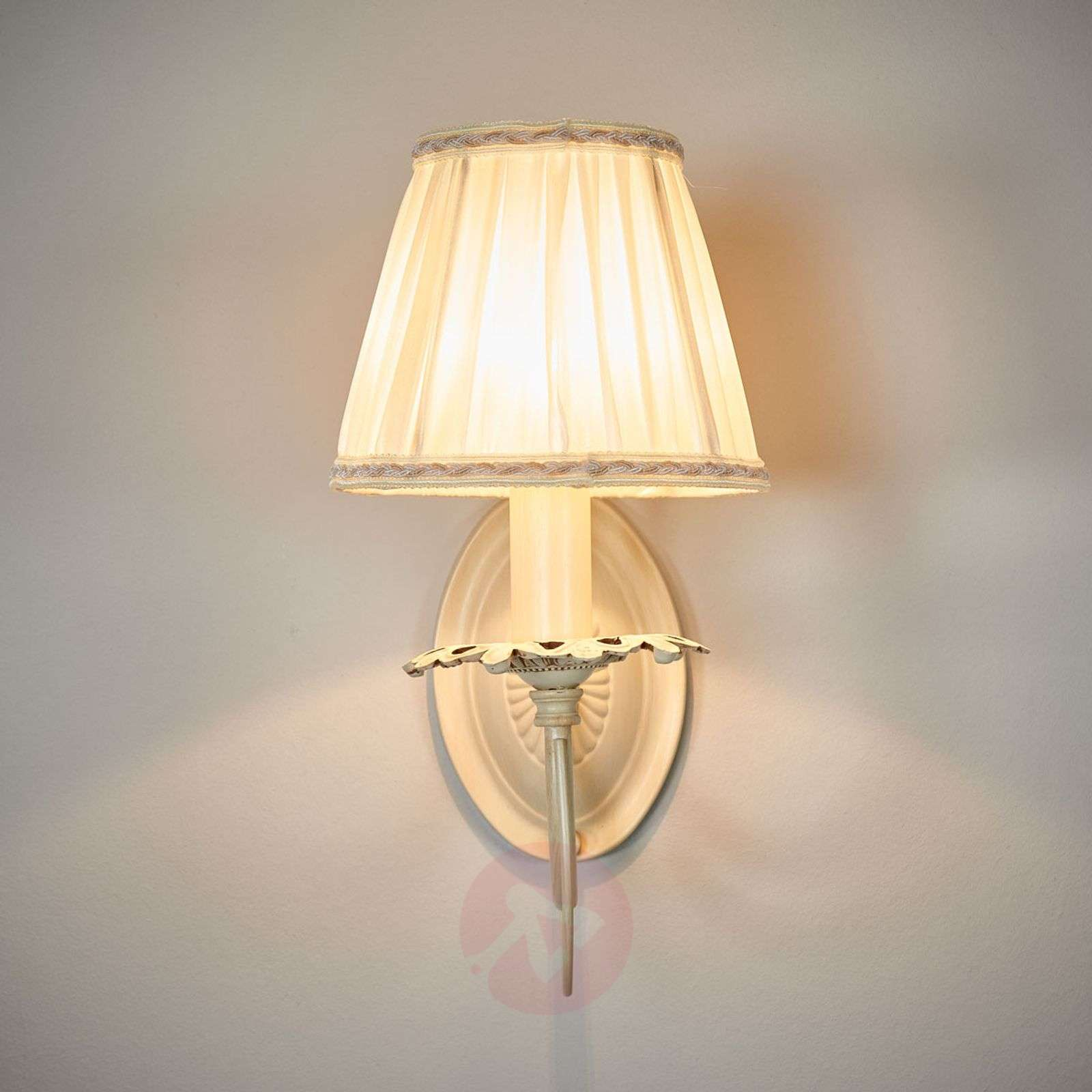 Elegant Wall Lamp Olivia With Pleated Shade Lights Ie