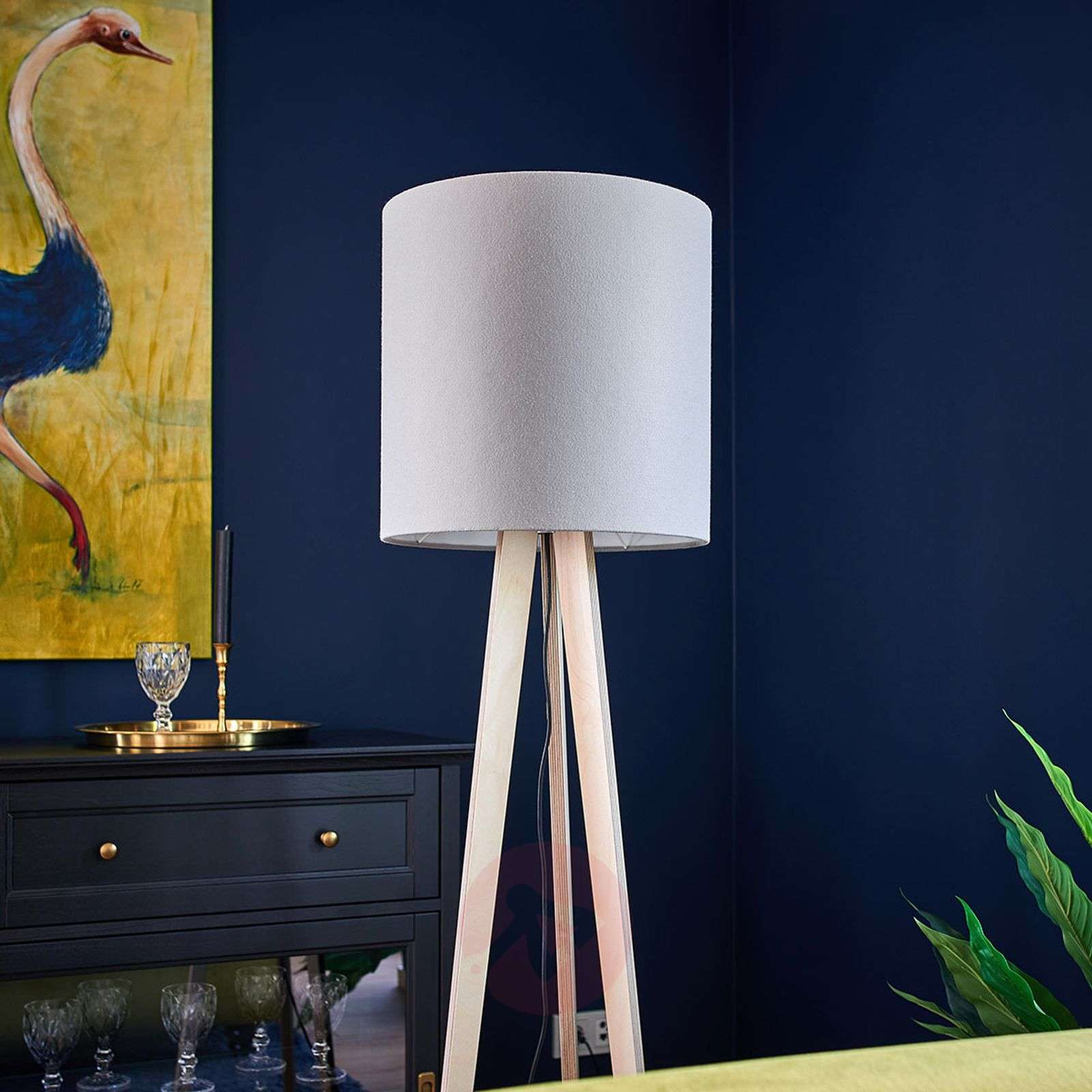 Fabric floor lamp Nida with tripod wooden frame-6722441-01