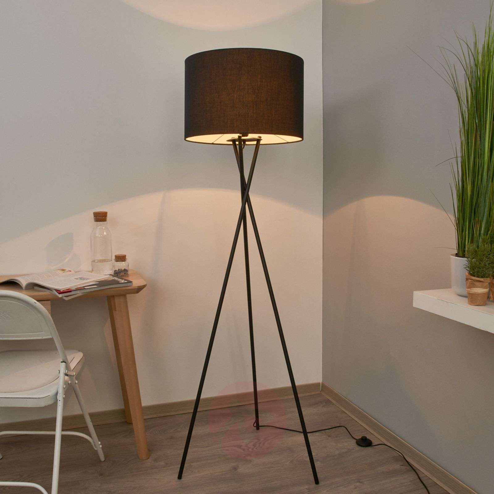 Fiby fabric floor lamp with black shade-4018035-02