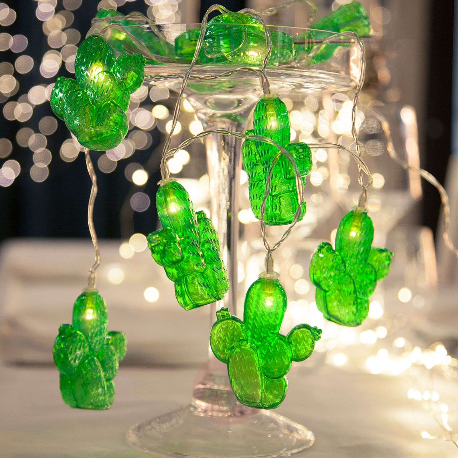 best sneakers d1a86 b9551 Green LED string lights Cactus, battery-powered