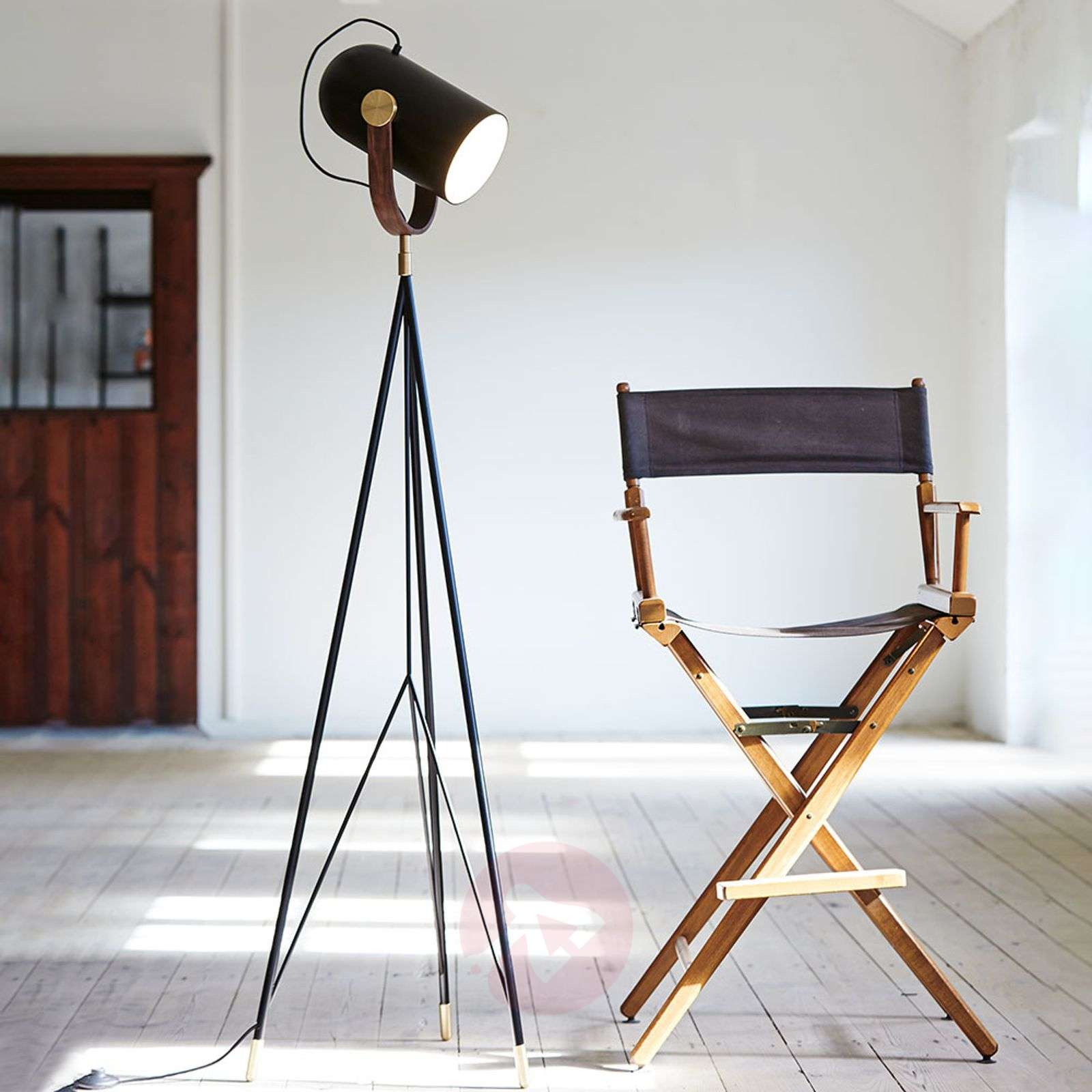 LE KLINT Carronade high – floor lamp, black-6086101-01