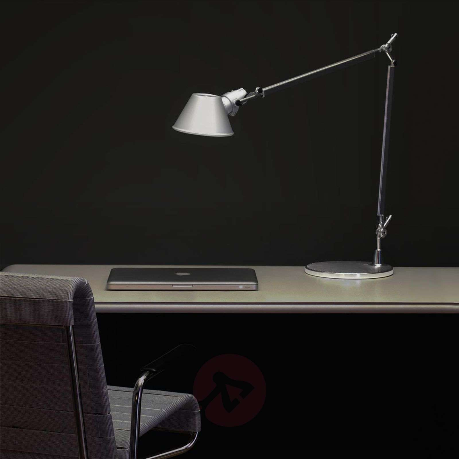 Led Desk Lamp Tolomeo With Dimmer 1060110 01