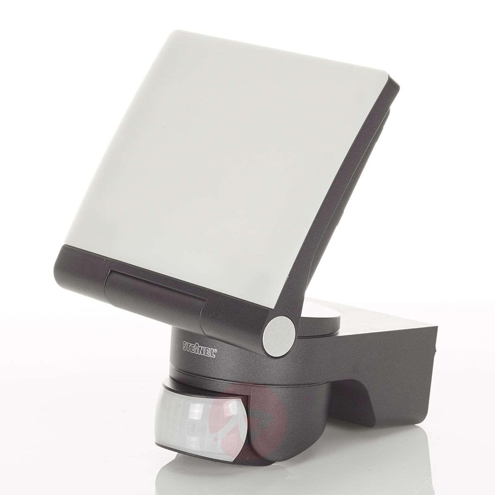 LED outdoor wall light XLED Home 2 XL w. IR sensor-8505697-01