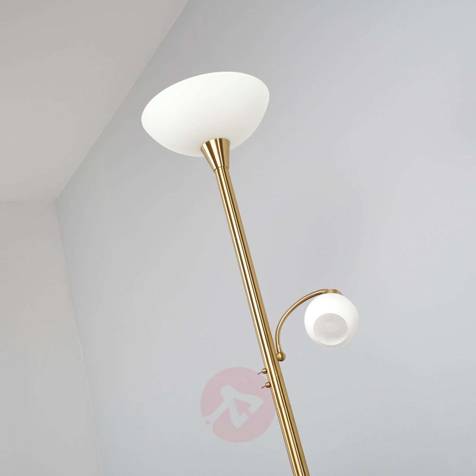 LED uplighter Elaina in brass with reading light-9620009-01
