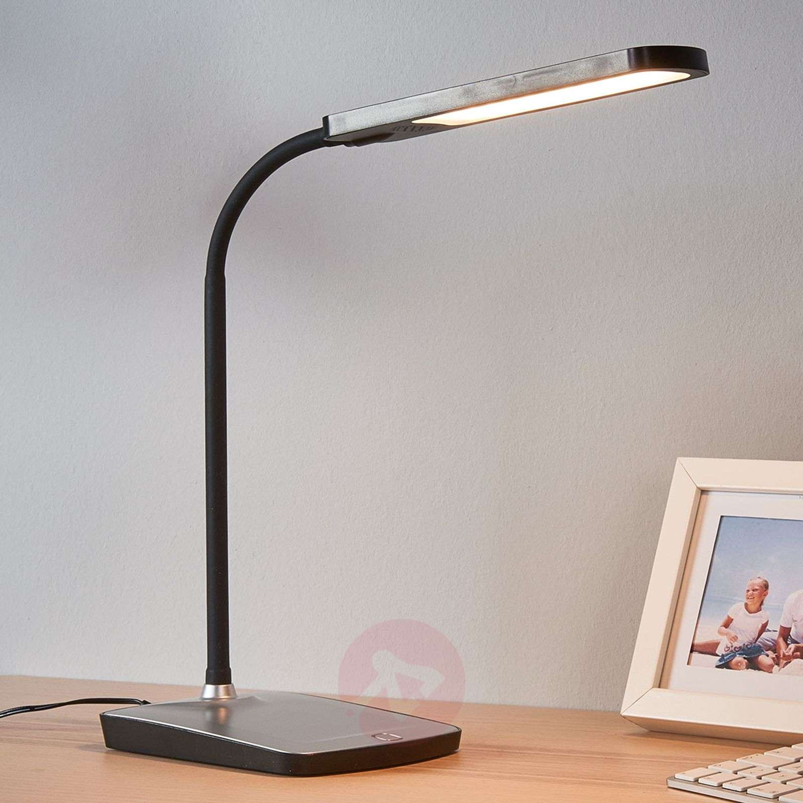Leoris LED desk lamp with USB port-9643040-02