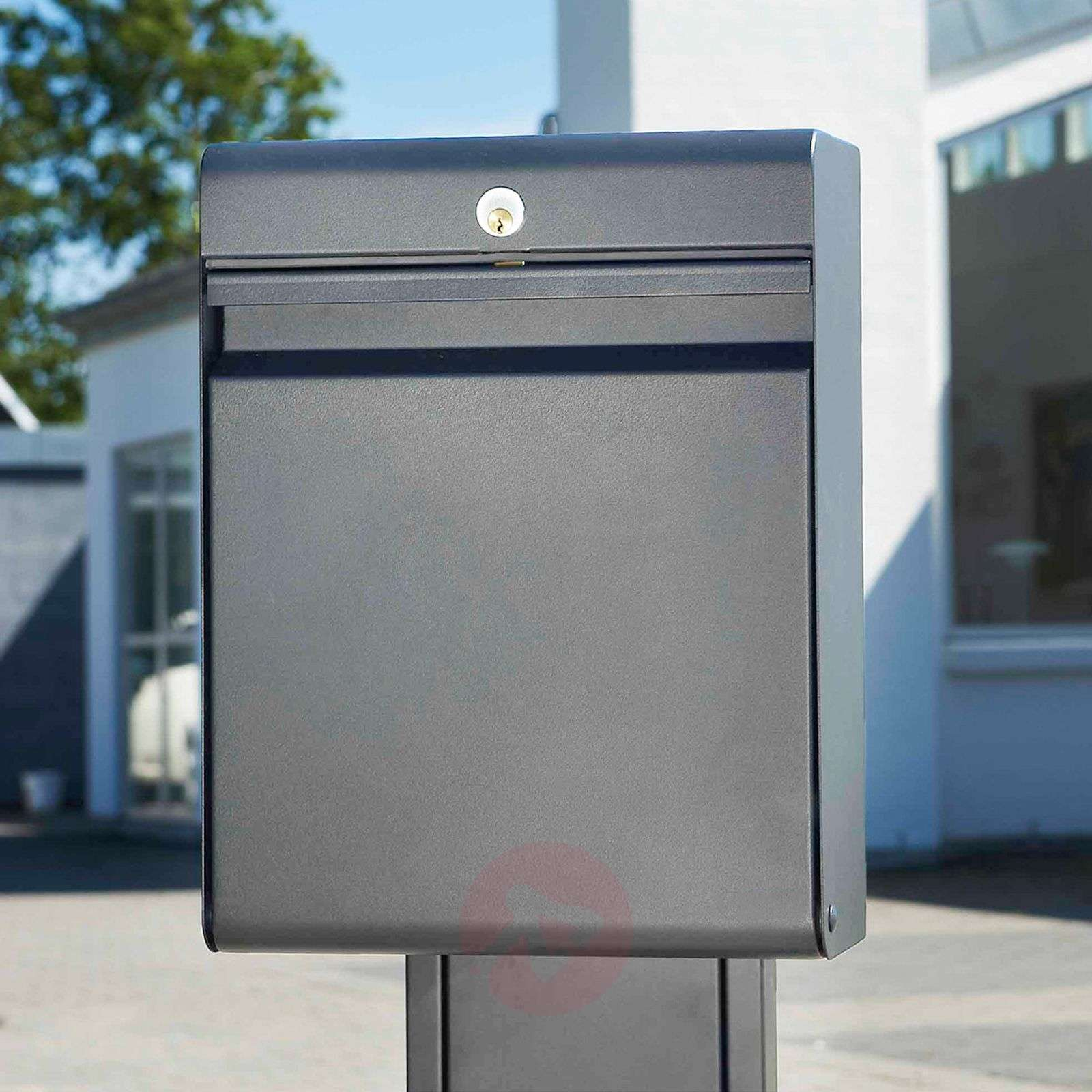 Letter box Holscher with a classic design-1045222-01
