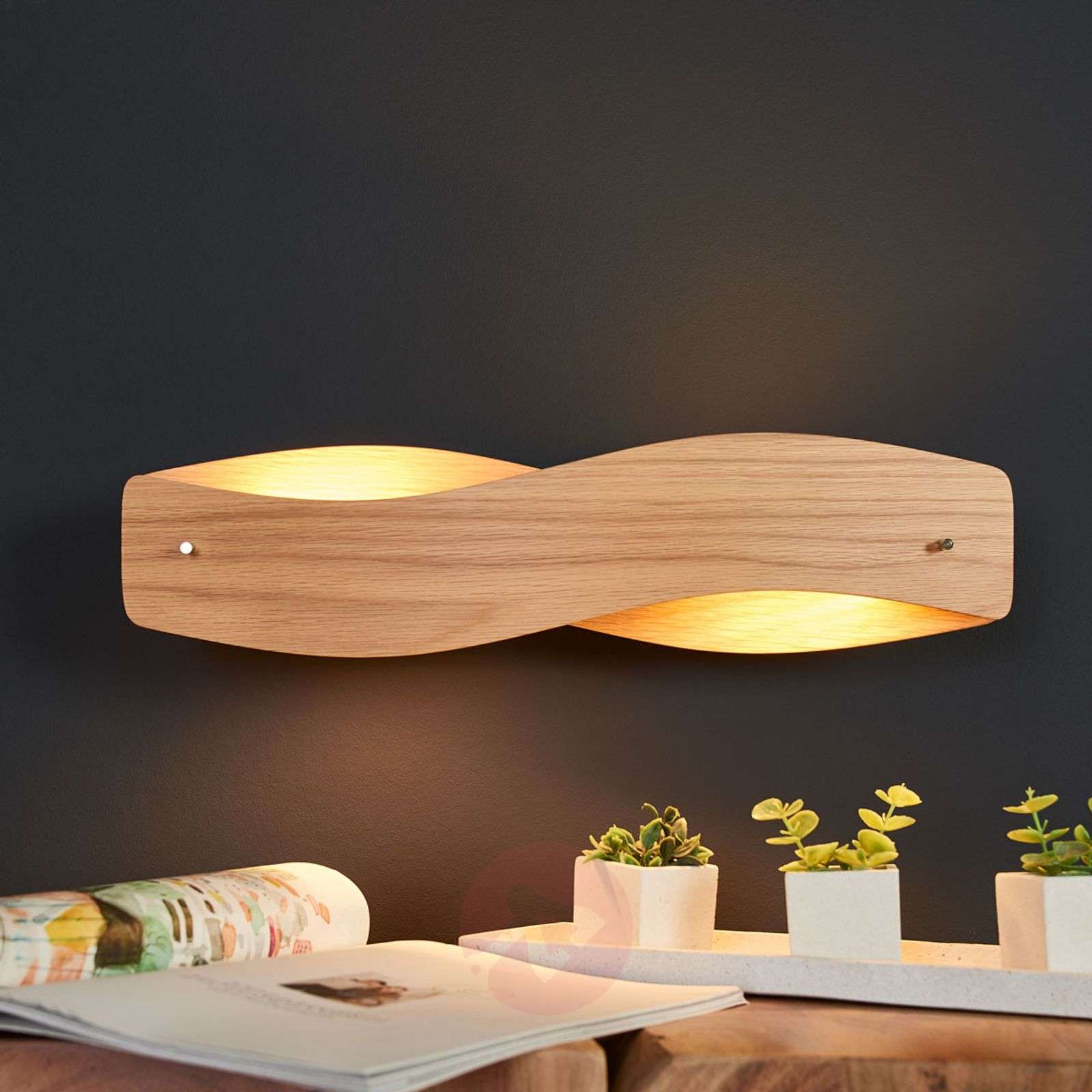 Lian wood wall light with dimmable LEDs-6722425-01