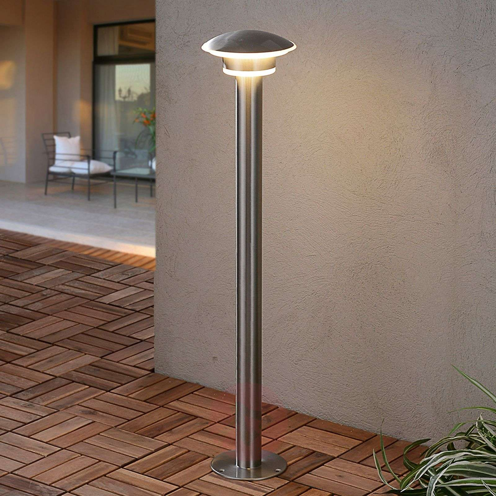 Lillie stainless steel bollard light with LEDs-9988021-01
