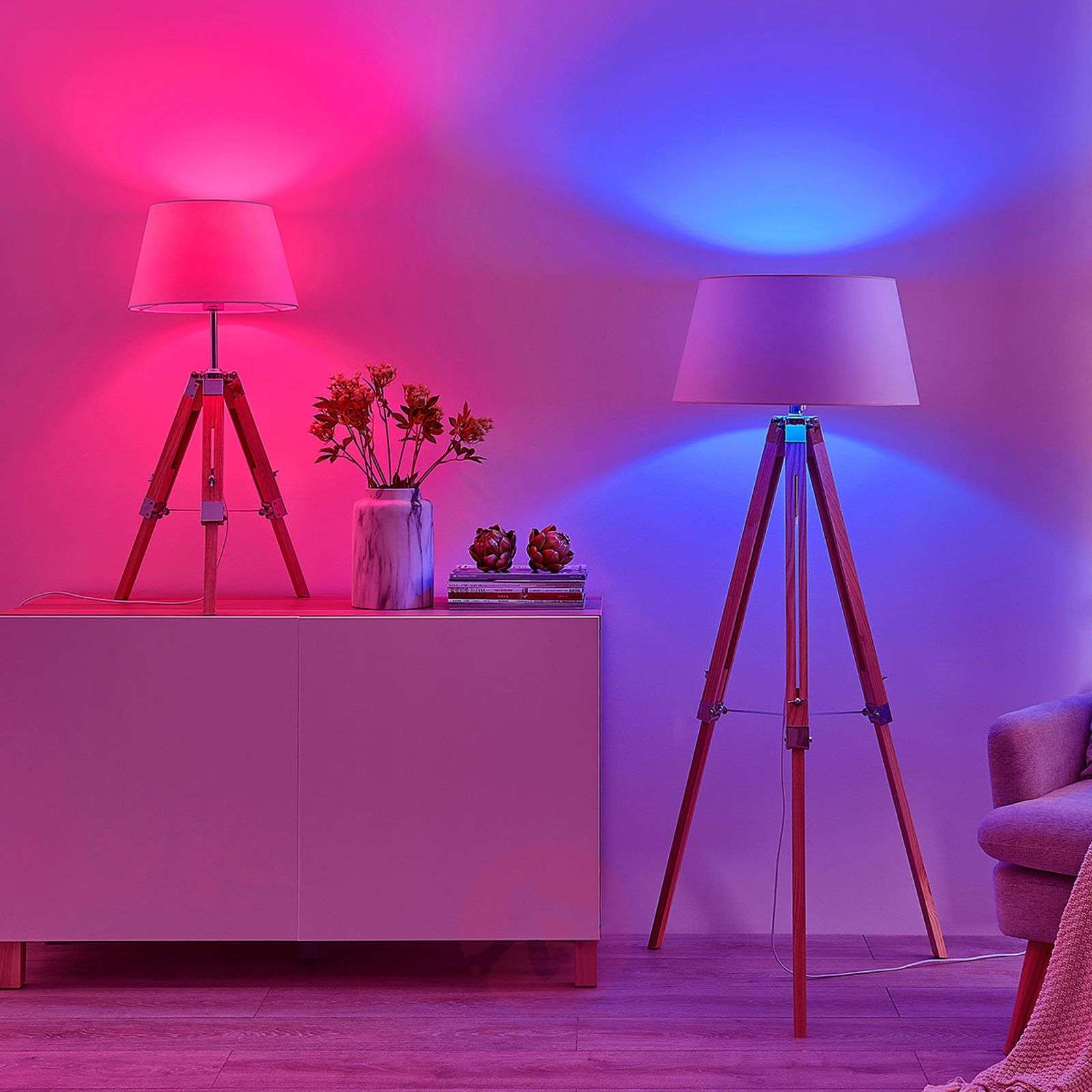 official photos 287d6 47777 Lindby Smart LED floor lamp Alessa, app, RGB