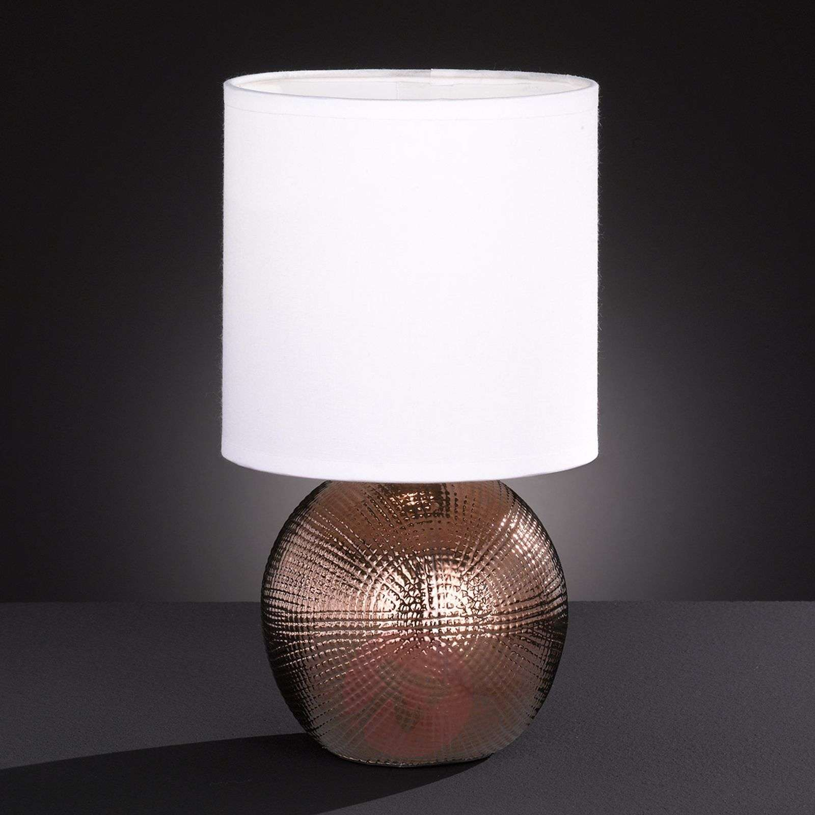 Little table lamp Foro with copper-coloured base-4581157-01