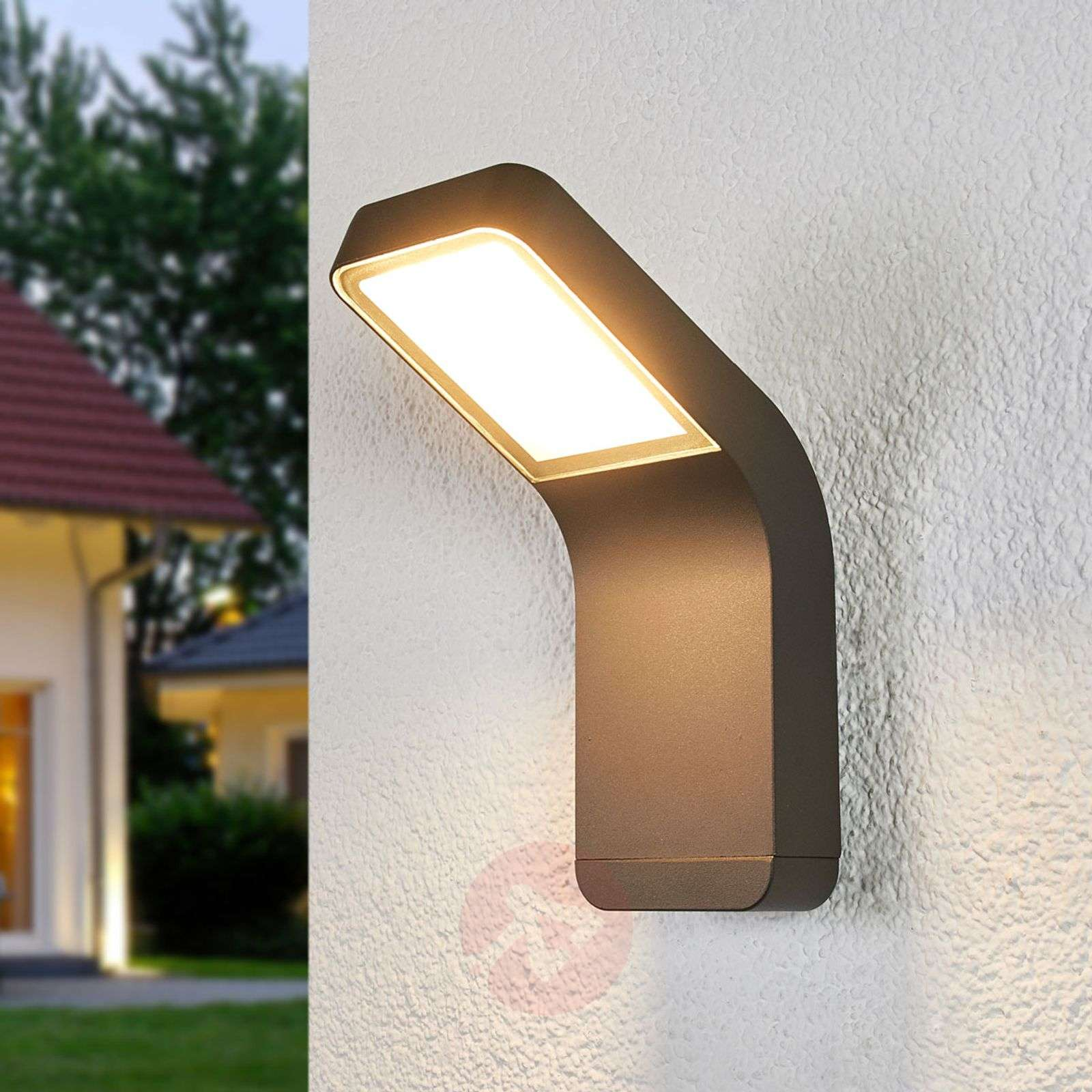 Maddox contemporary led outdoor wall light