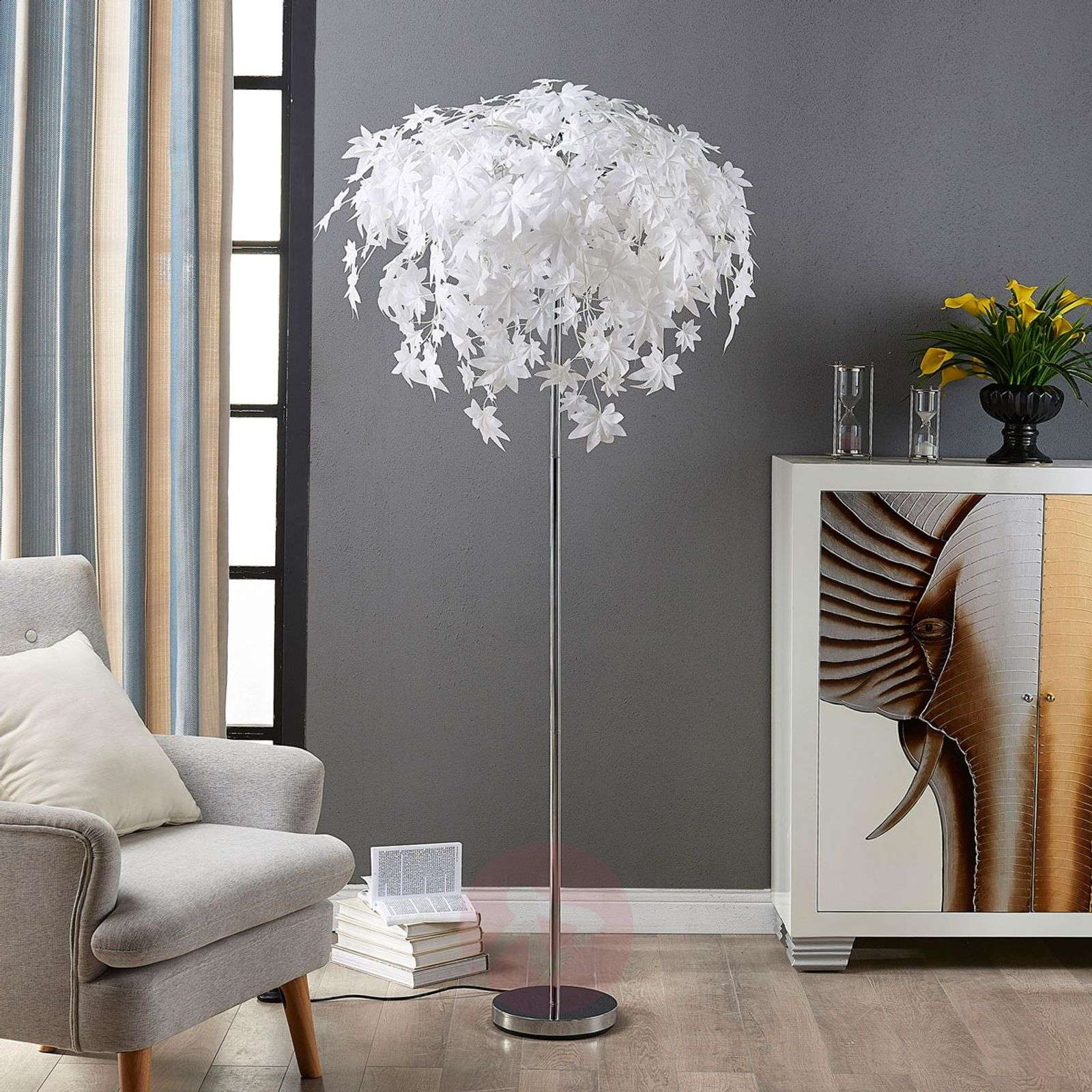 Maple floor lamp with leaf decoration-9621120-02