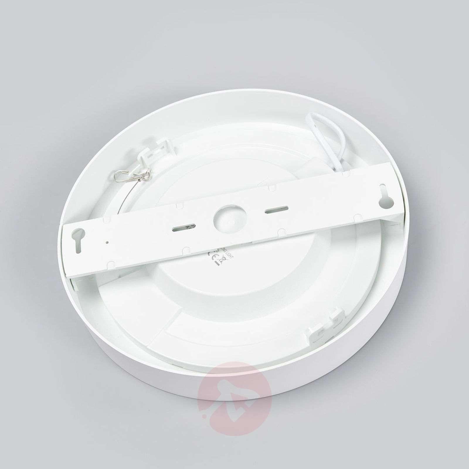 Mario powerful LED ceiling light, IP44-9978065-02