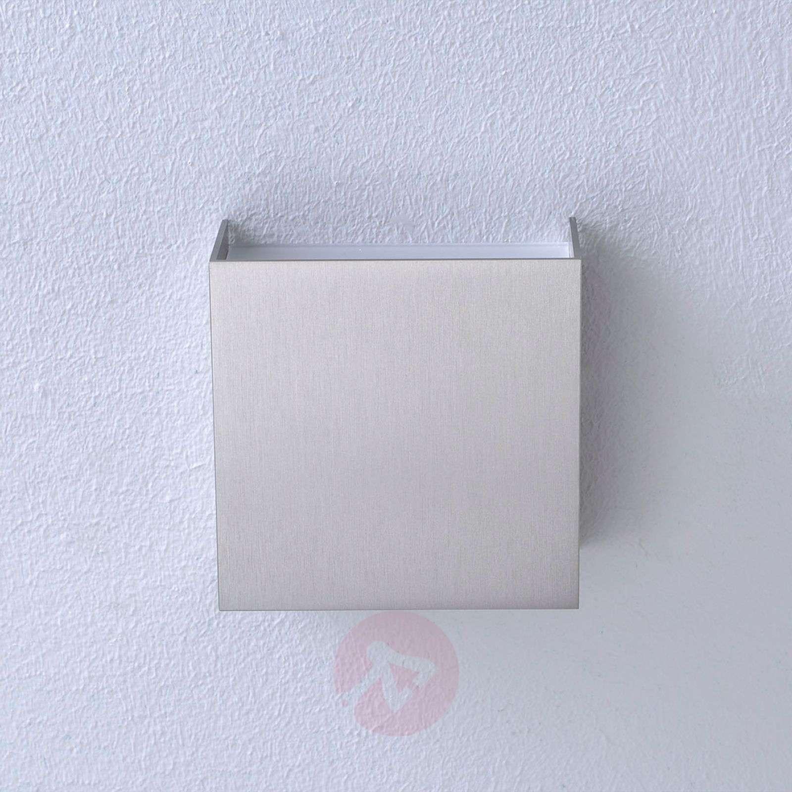 matt nickel finish Mira LED wall lamp-6722109-011