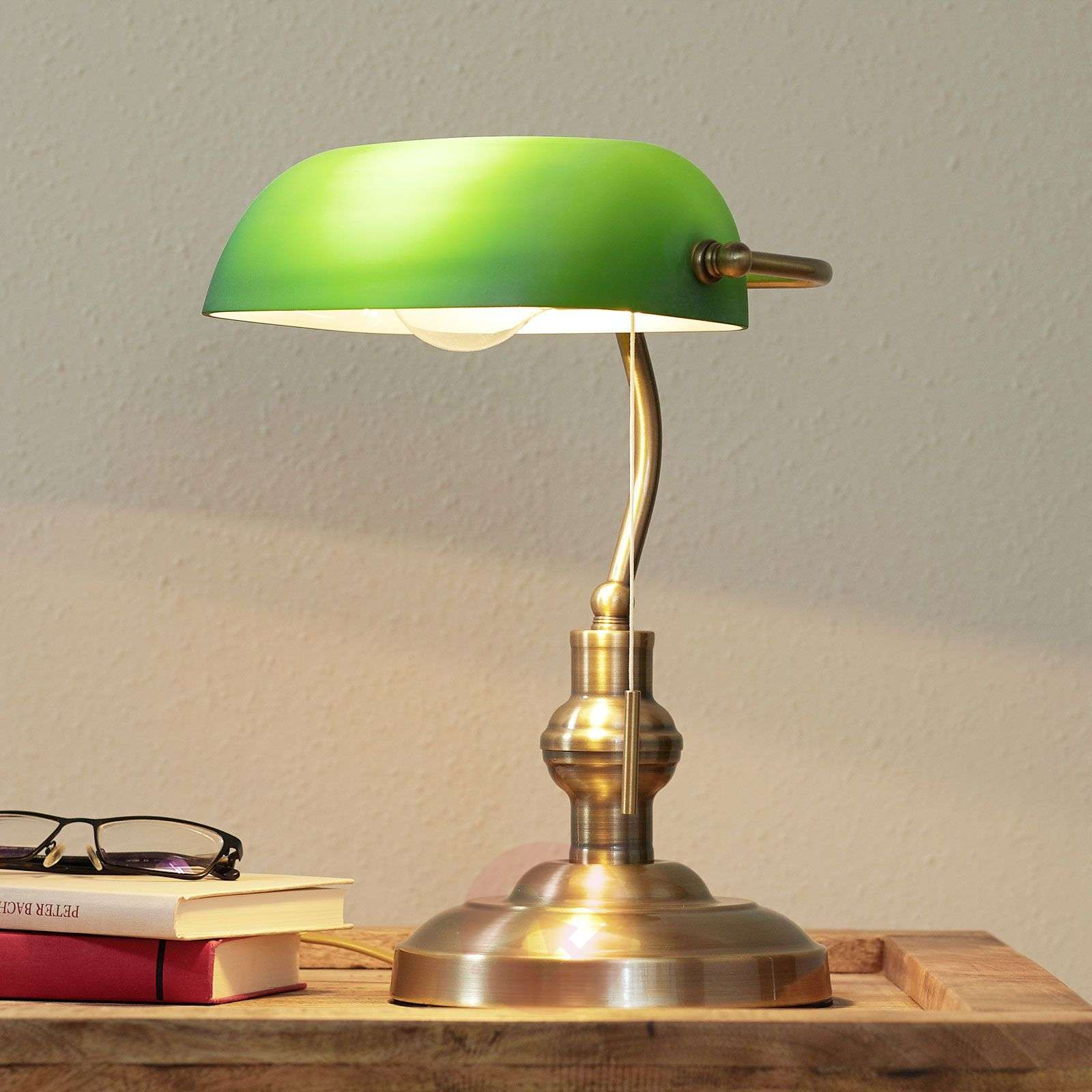 Milenka desk lamp with green lampshade-9620986-03