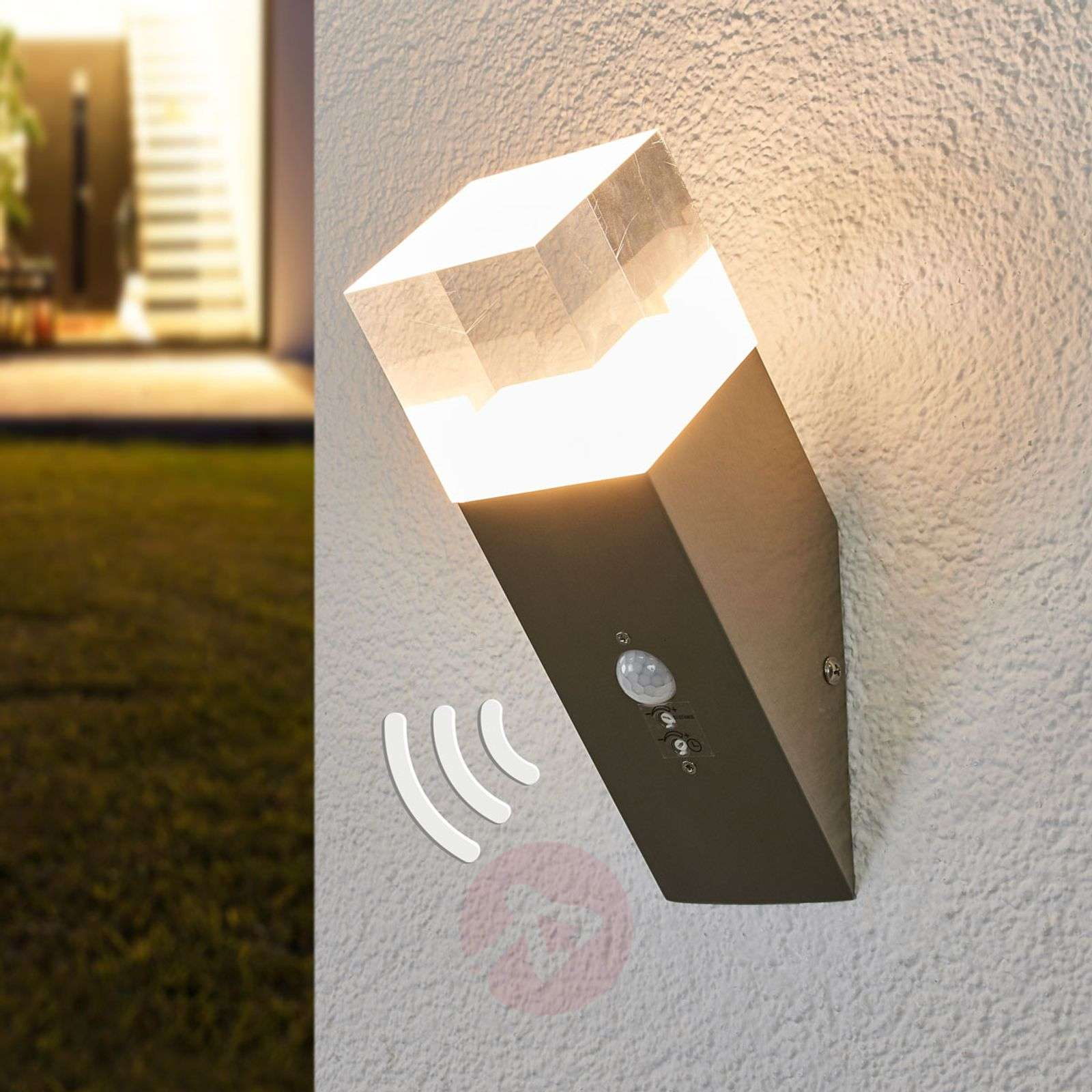 Nerius motion sensor outdoor wall light, LED-9988158-01