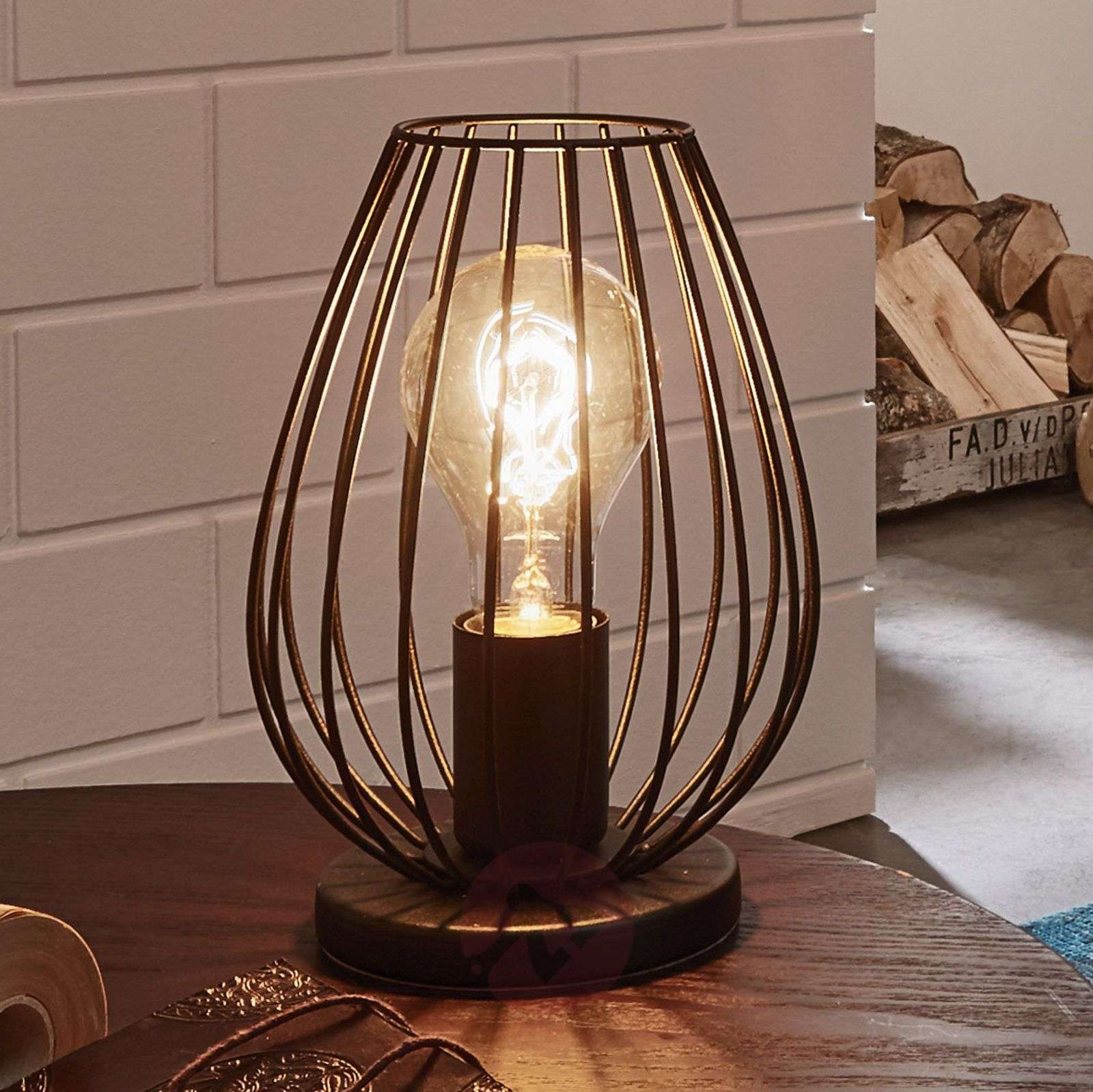 Newtown a table lamp with a vintage look-3031789-01