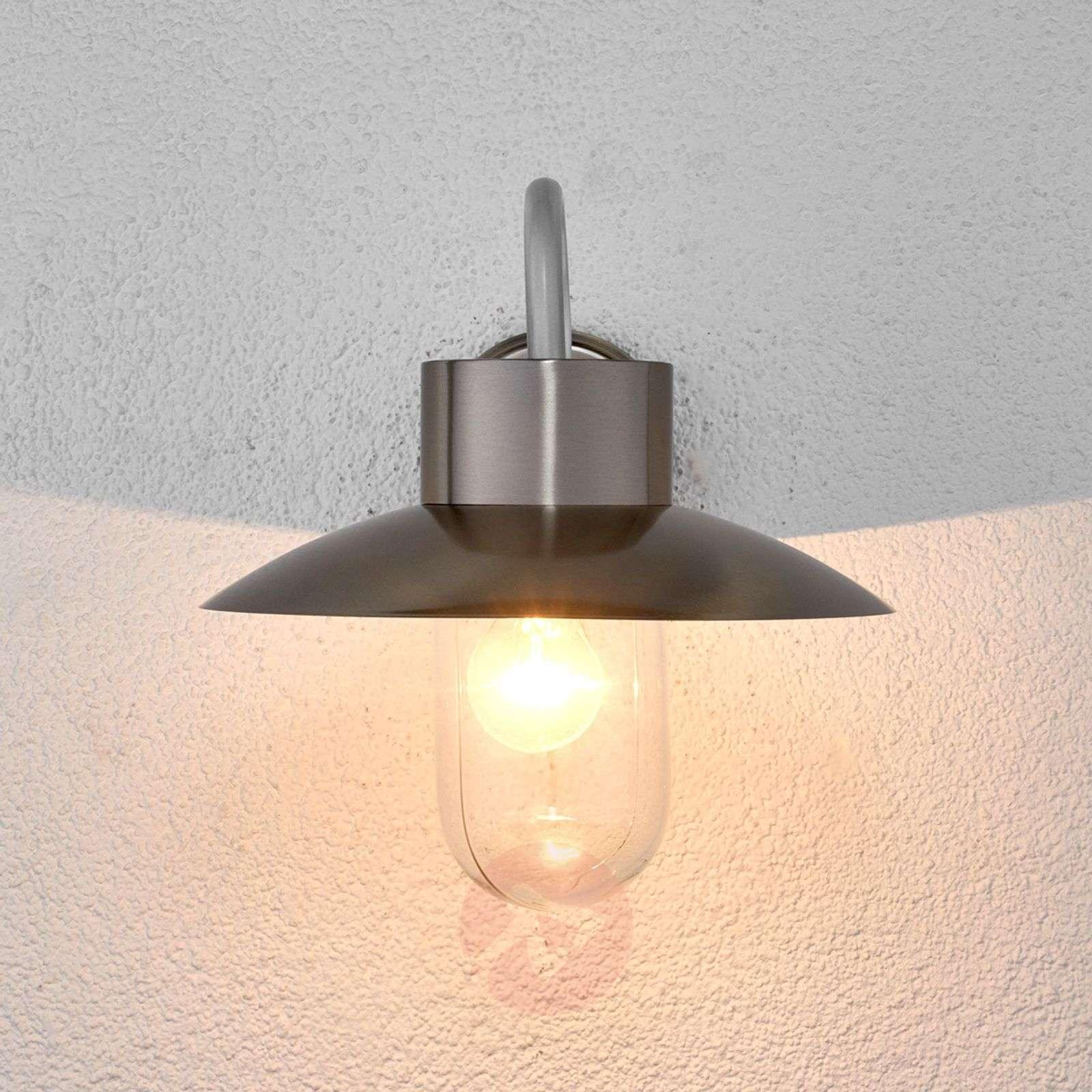 Nordic-looking outdoor wall light Leenke-9647073-01