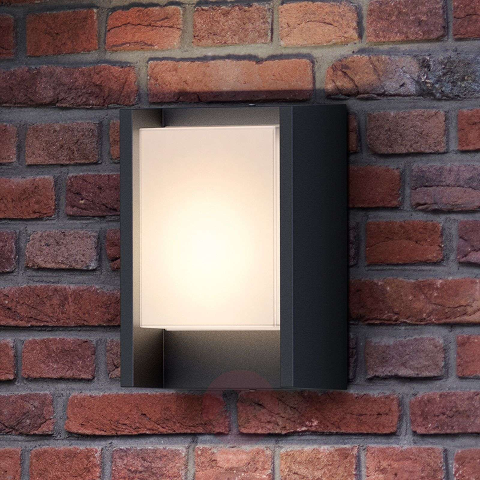 Philips Arbour LED outdoor wall light, one-bulb-7531800-01