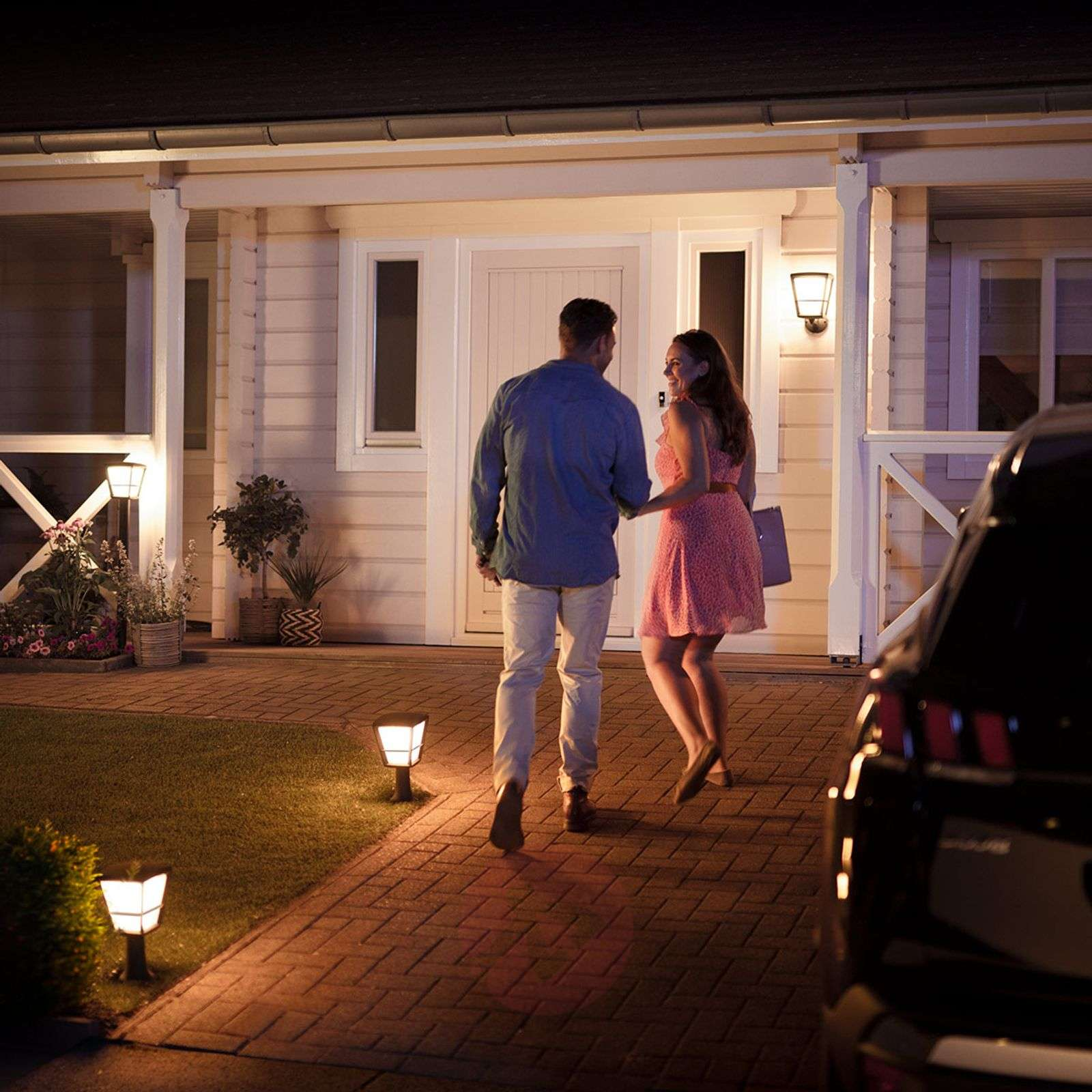 Philips Hue White+Color Econic wall light, above-7534117-02