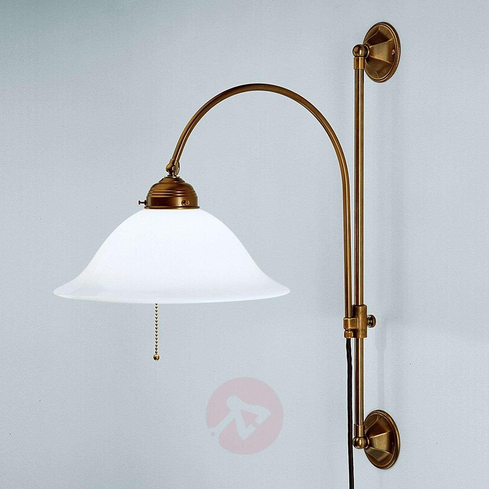 Rhodes - protruding brass wall light_1542113_1