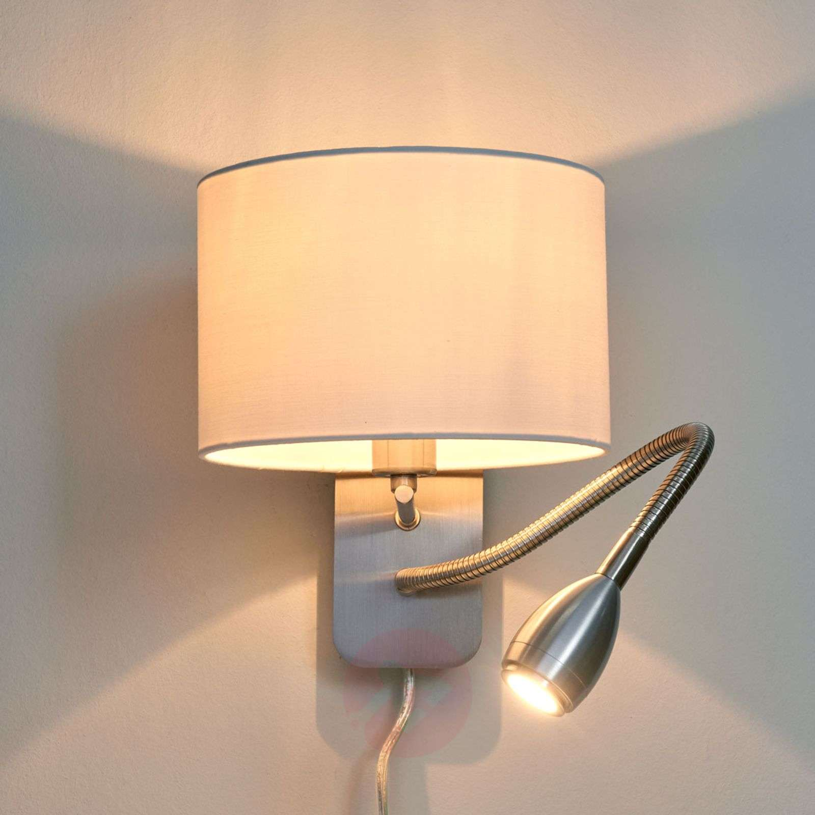 Risa wall light with reading light-9004558-01