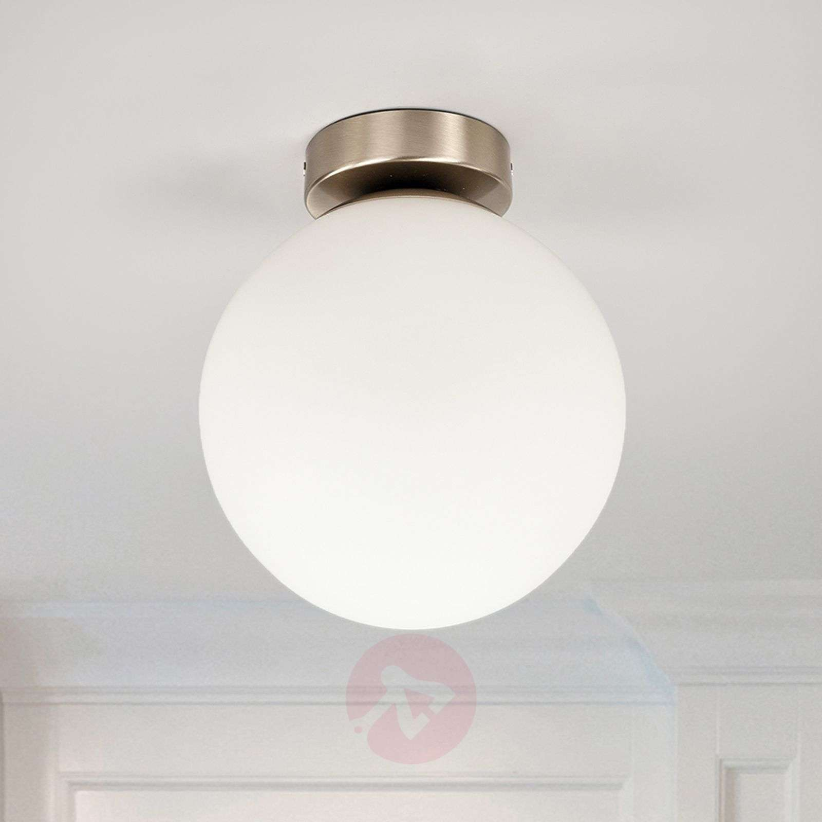 Round bathroom ceiling light Lennie | Lights.ie