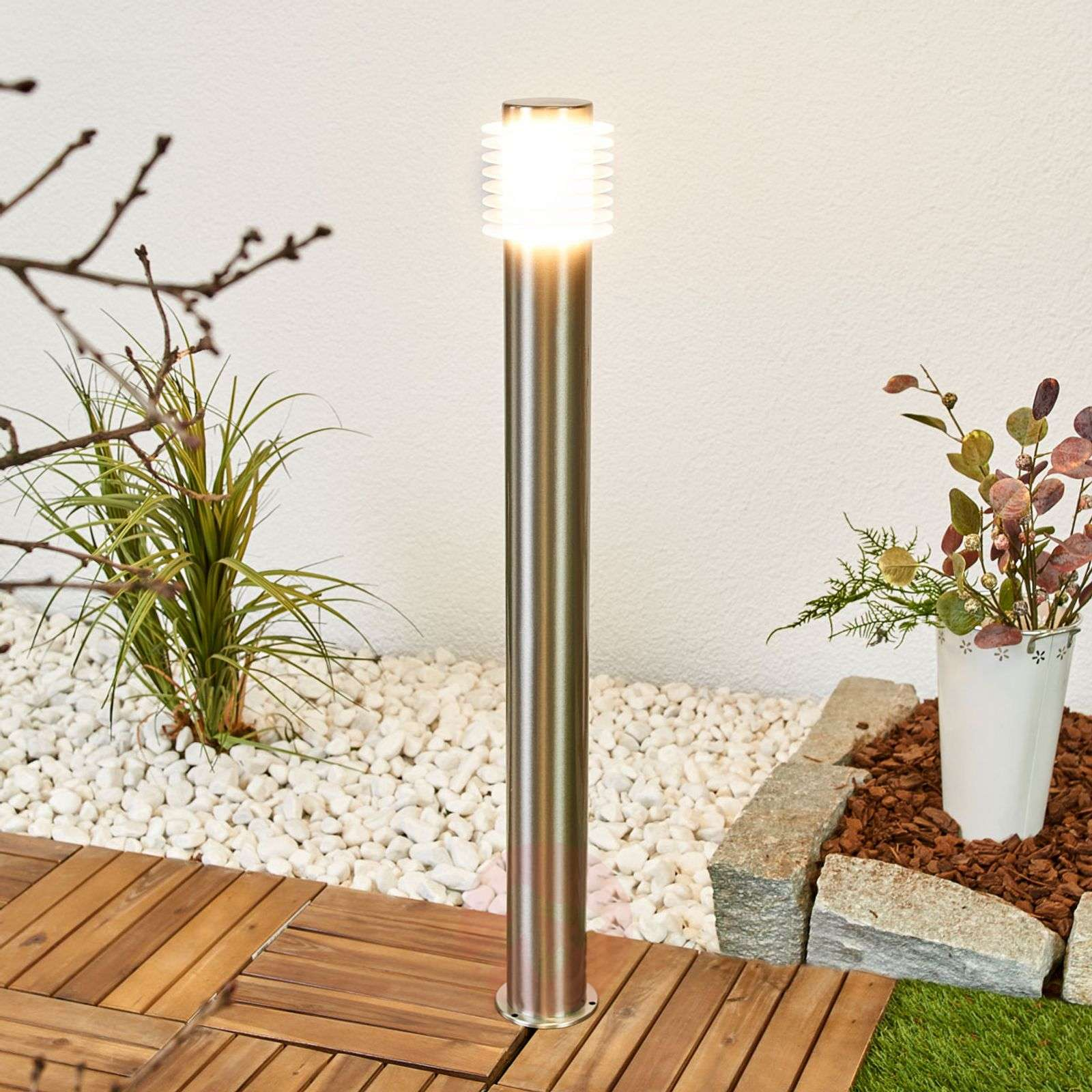 Roxy stainless steel path lamp with LEDs-9988122-01