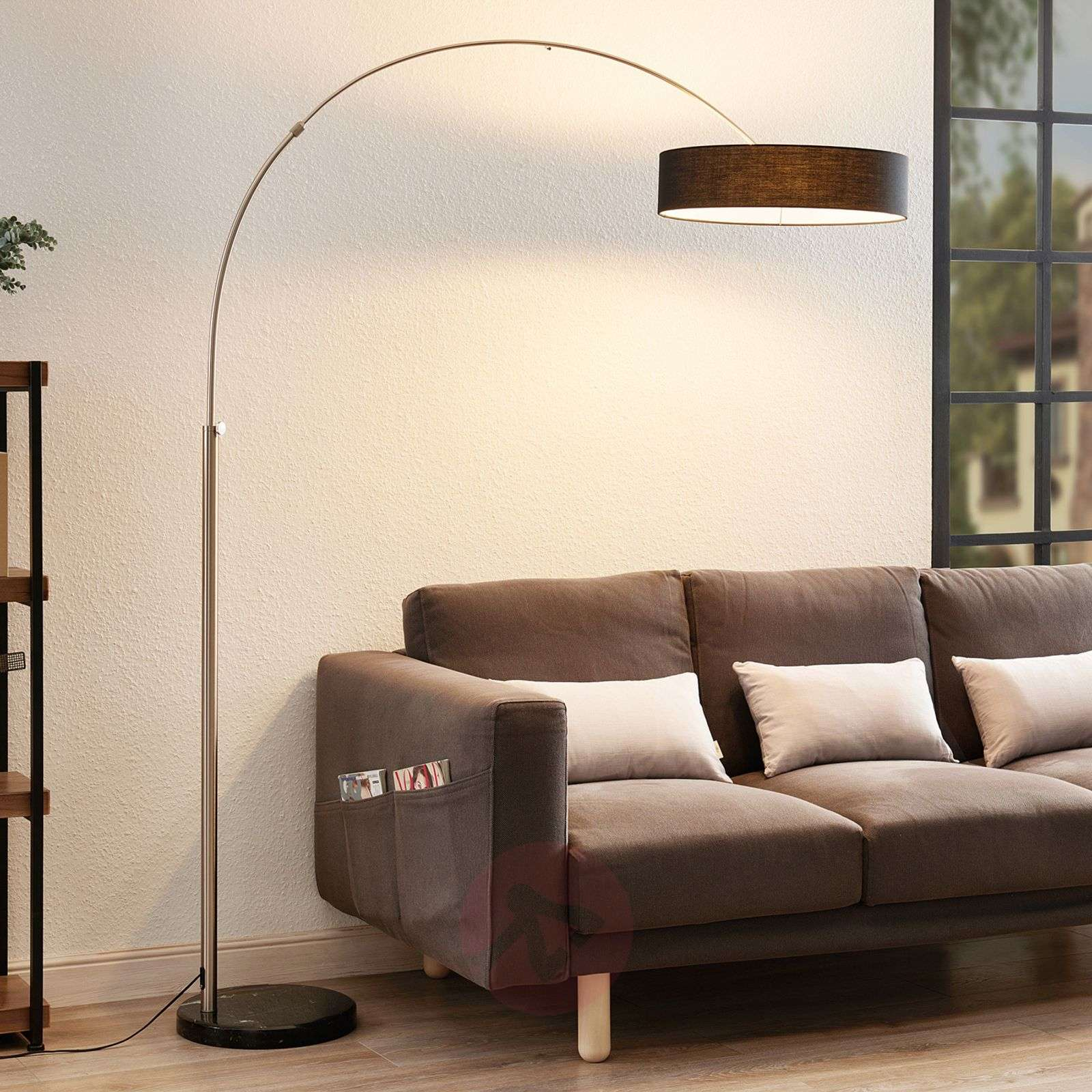 Shing fabric floor lamp with a black lampshade-9620141-09
