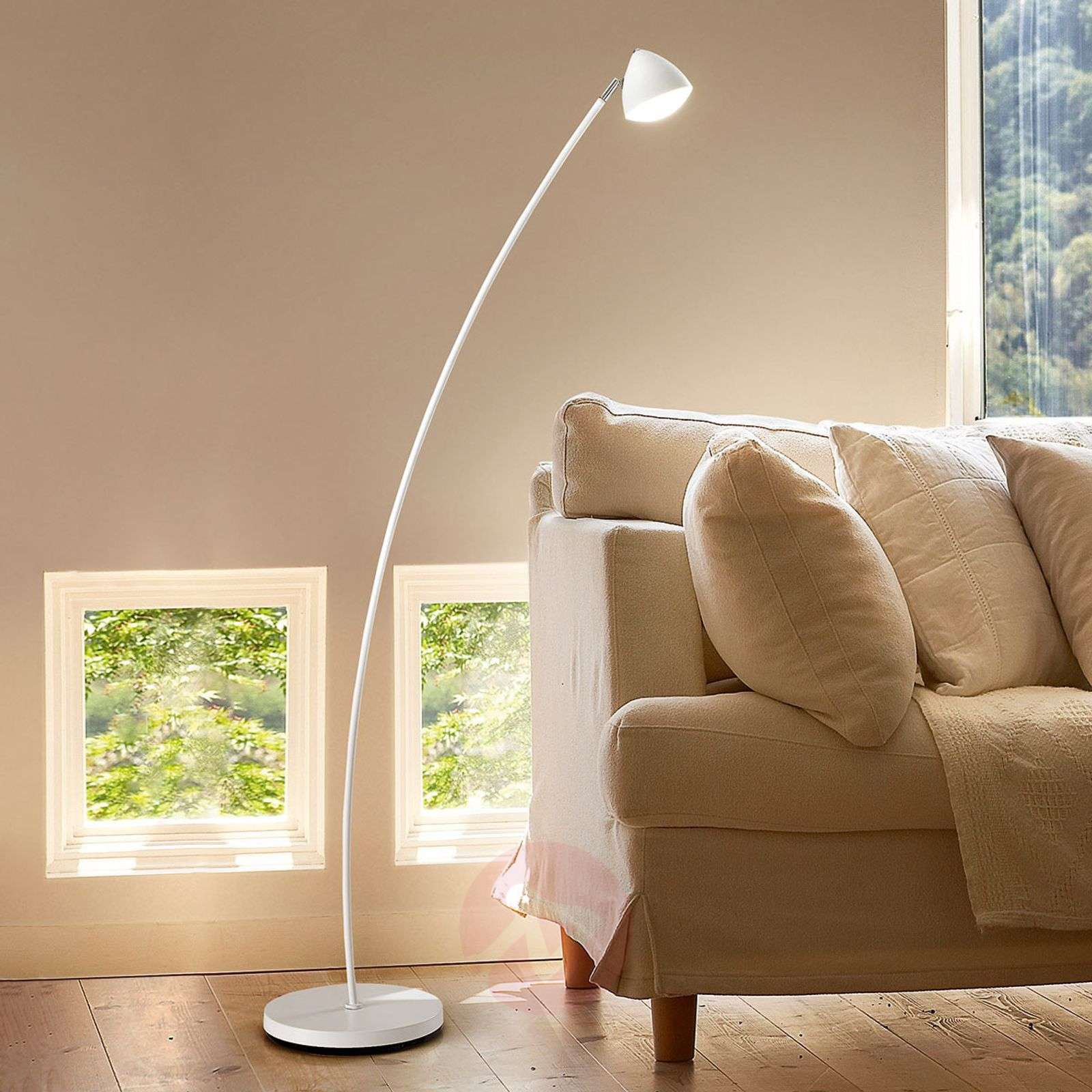 Slightly Bent Bike Led Floor Lamp With Dimmer Lights Ie