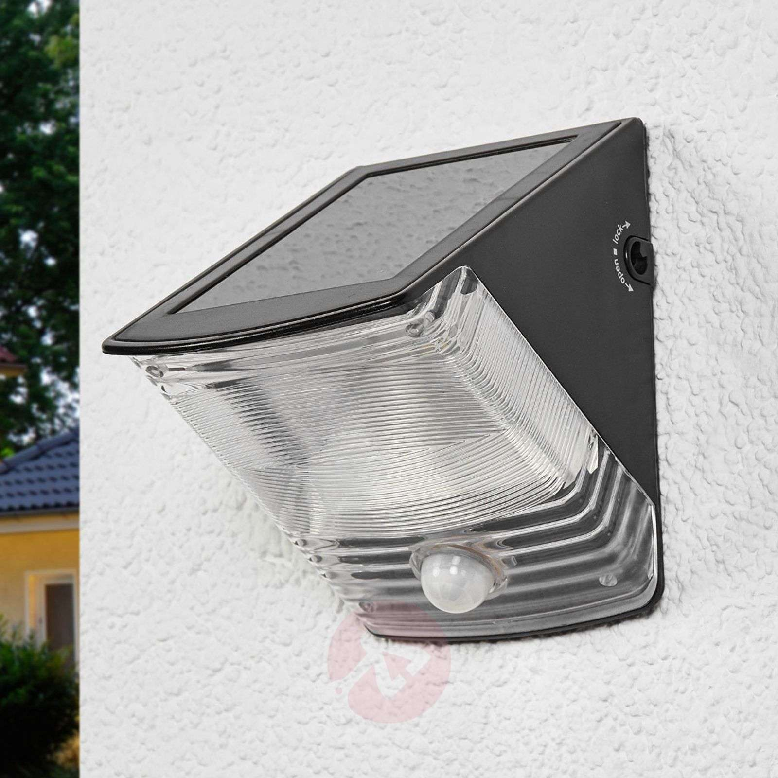 SOL 04 solar LED Wall light with IP44, black-1540166-01