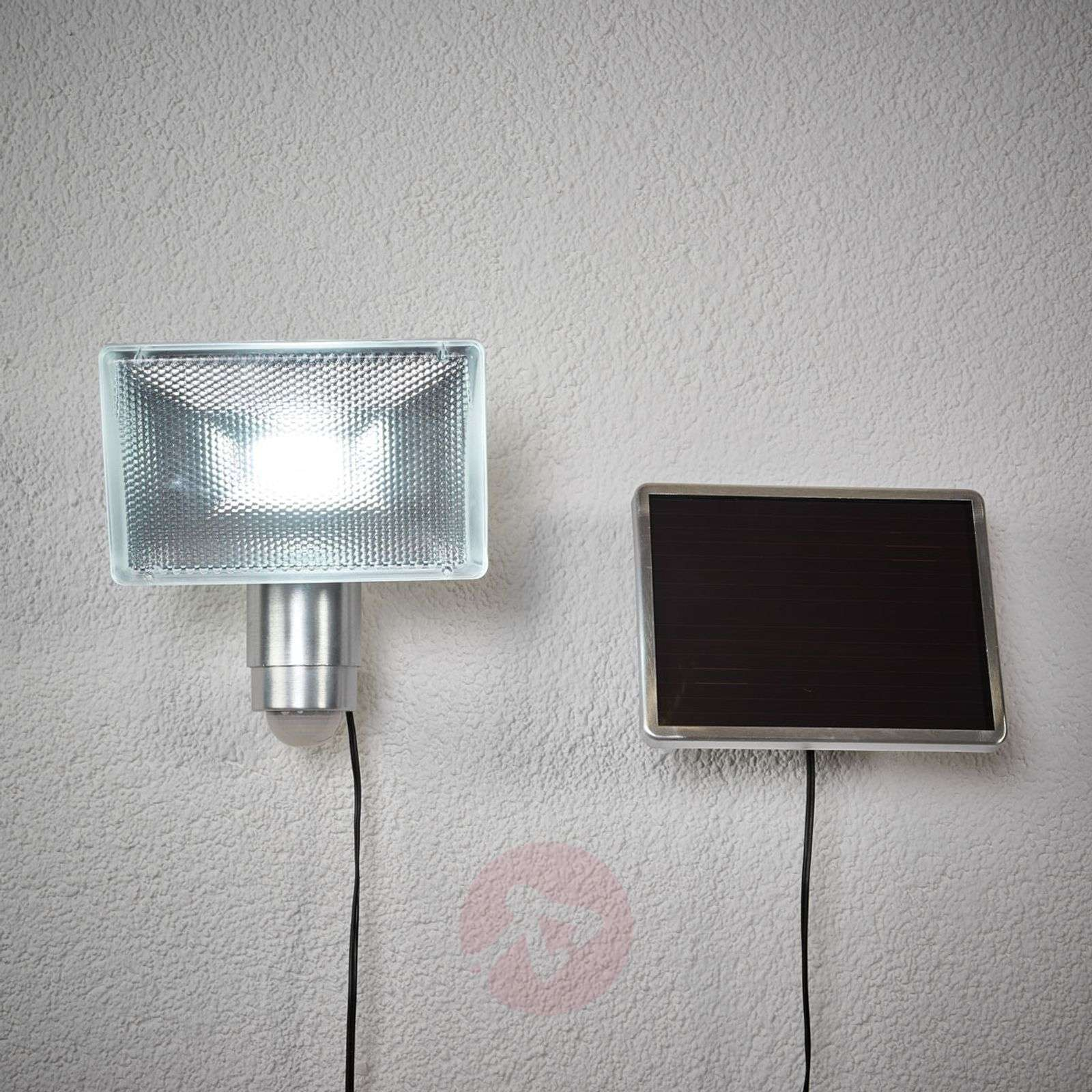 SOL 80 solar LED outdoor spotlight with MD-1540125-02