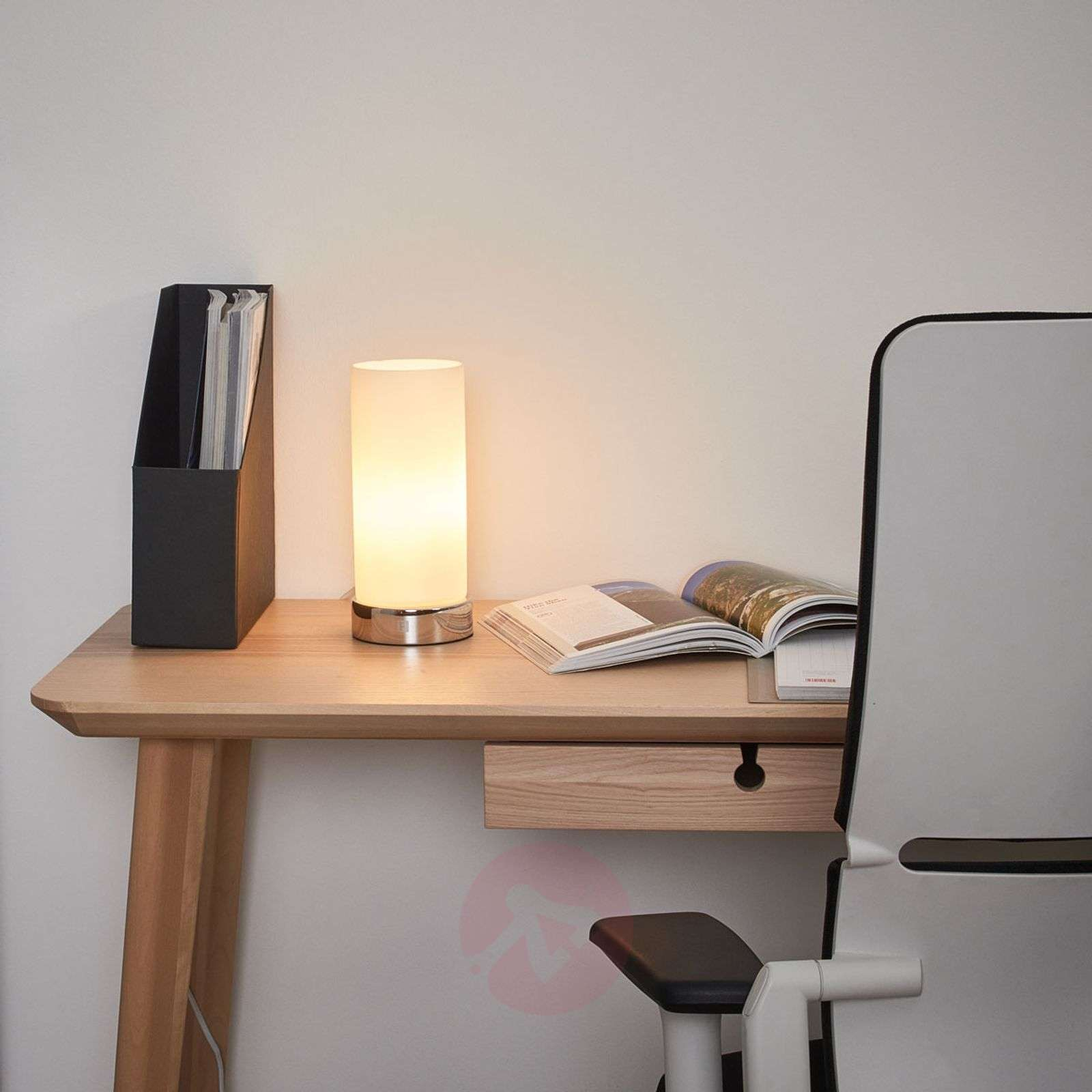 Solid table lamp PINJA-7500212-02