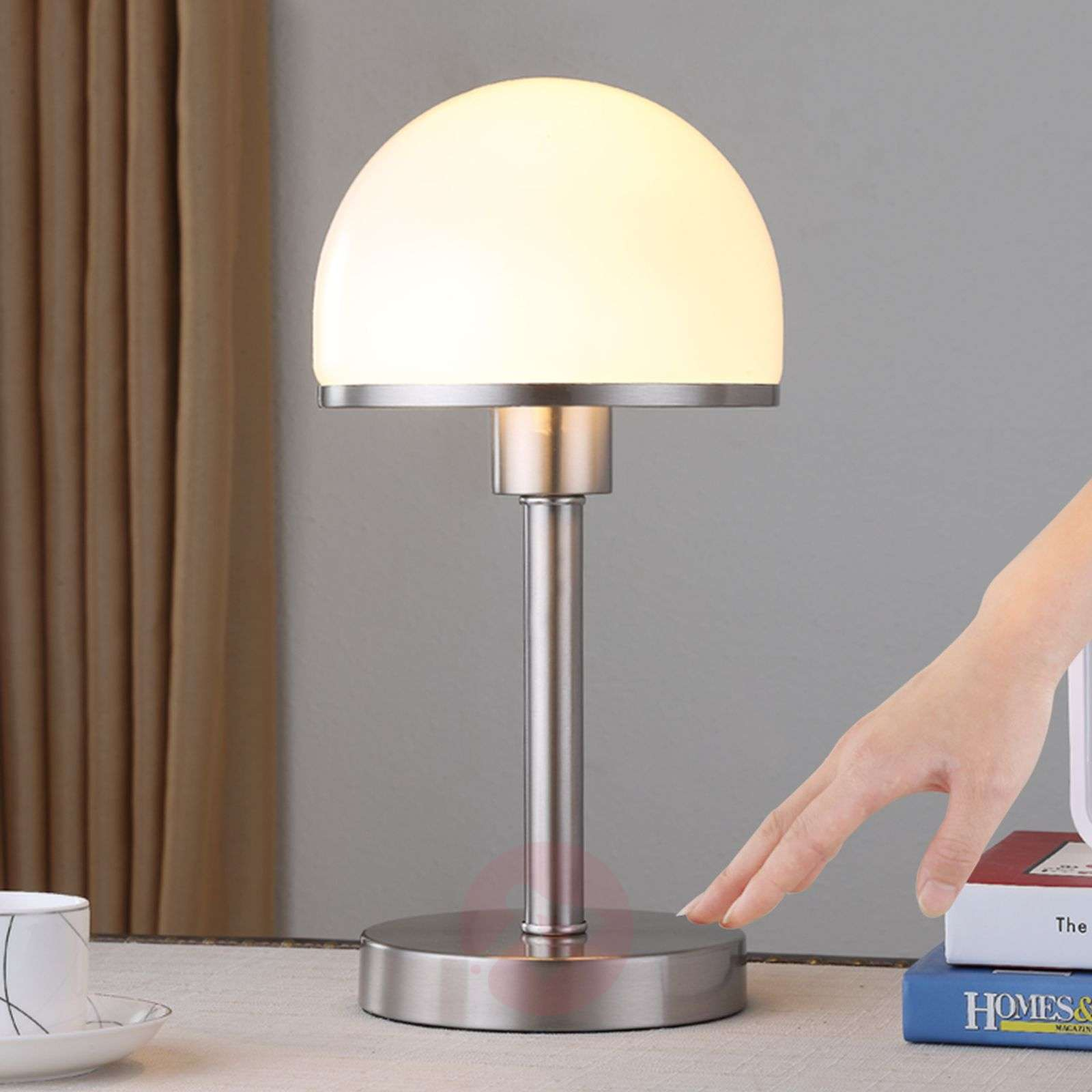 Stylish table lamp Jolie with glass lampshade-9620812-01
