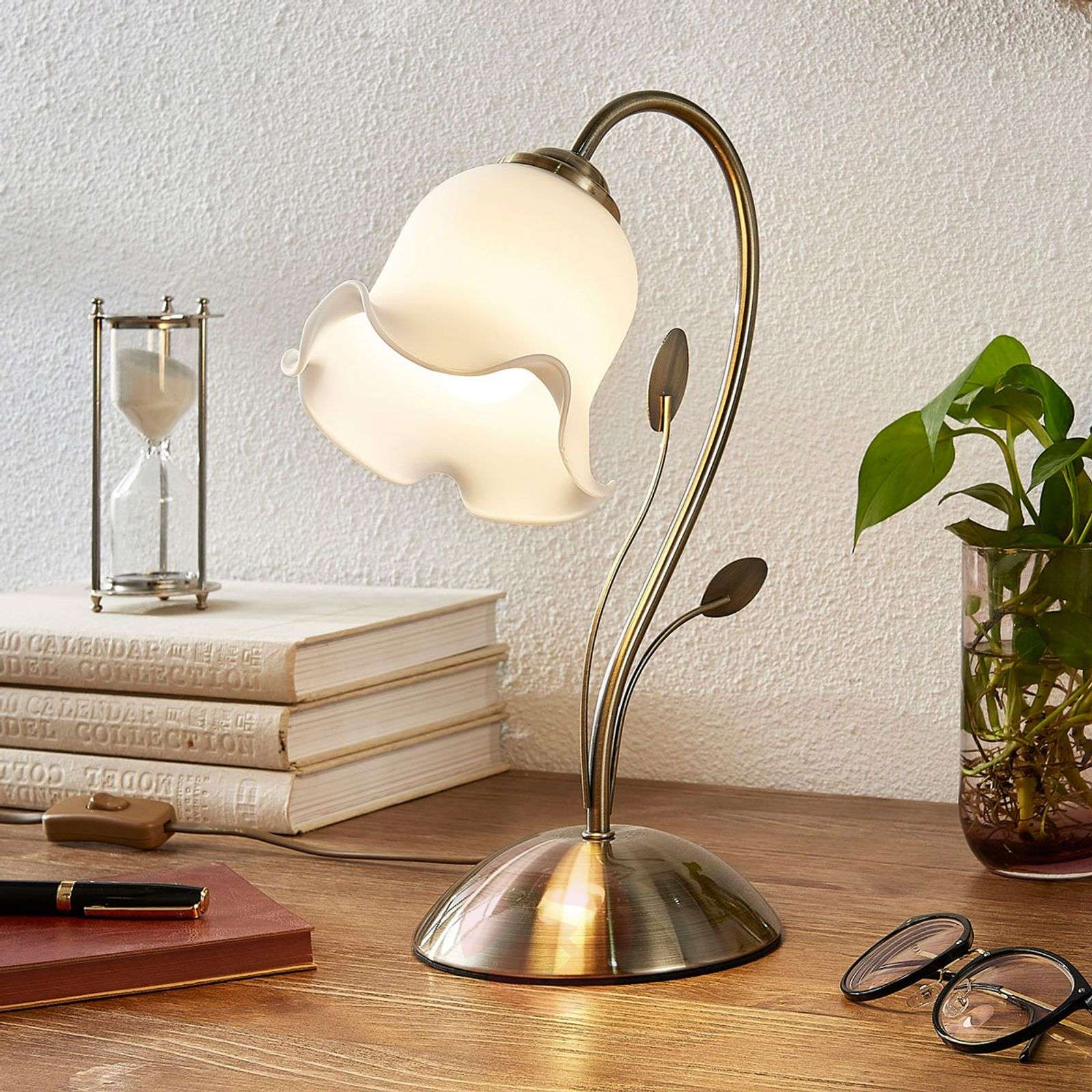 Table lamp Matea with a floral design-9620757-02