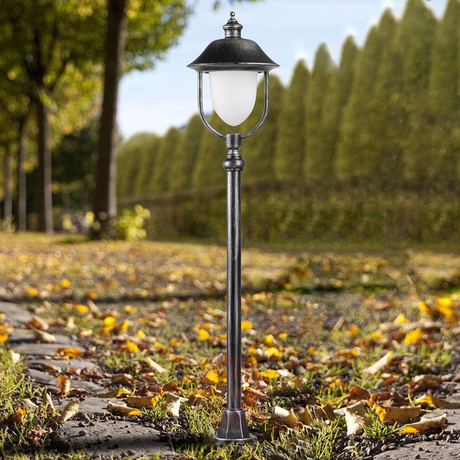 The Perdita a classically modern path light-6068050-01