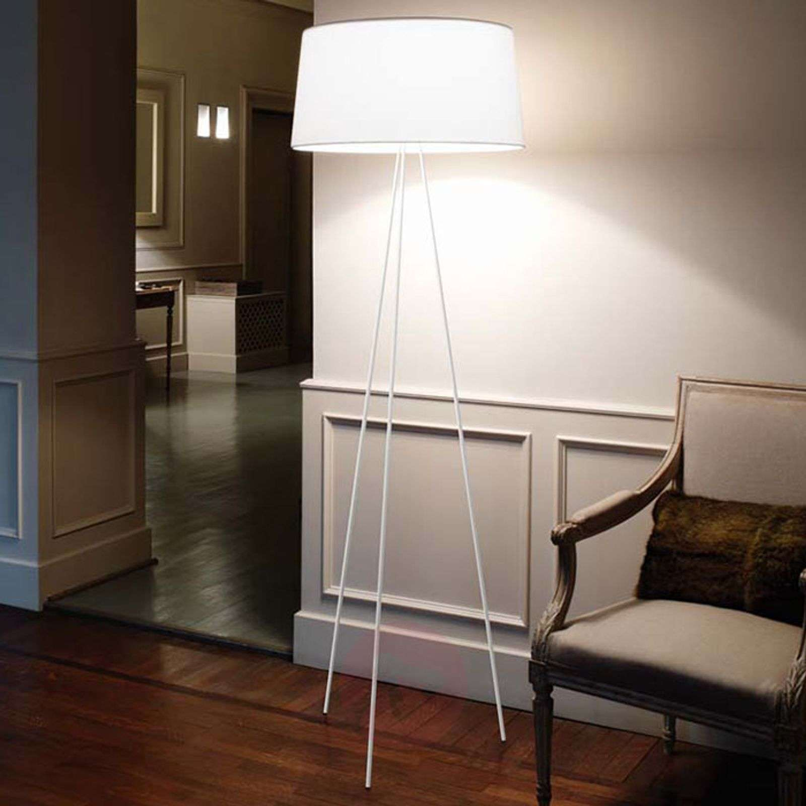 Tripod three-part-stand floor lamp-5520020X-02