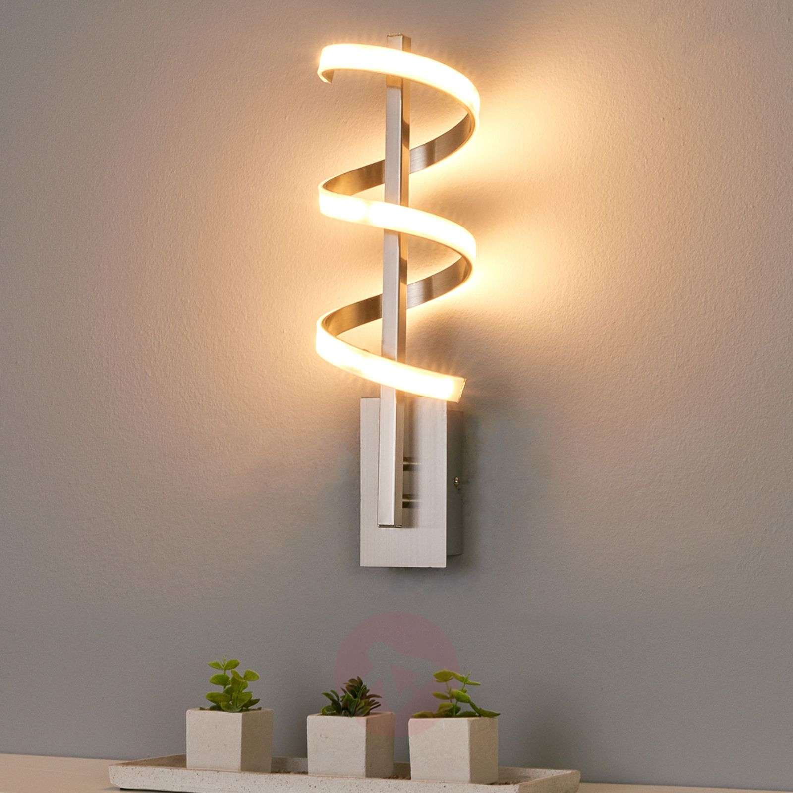 Twisted LED wall light Pierre-9985029-01