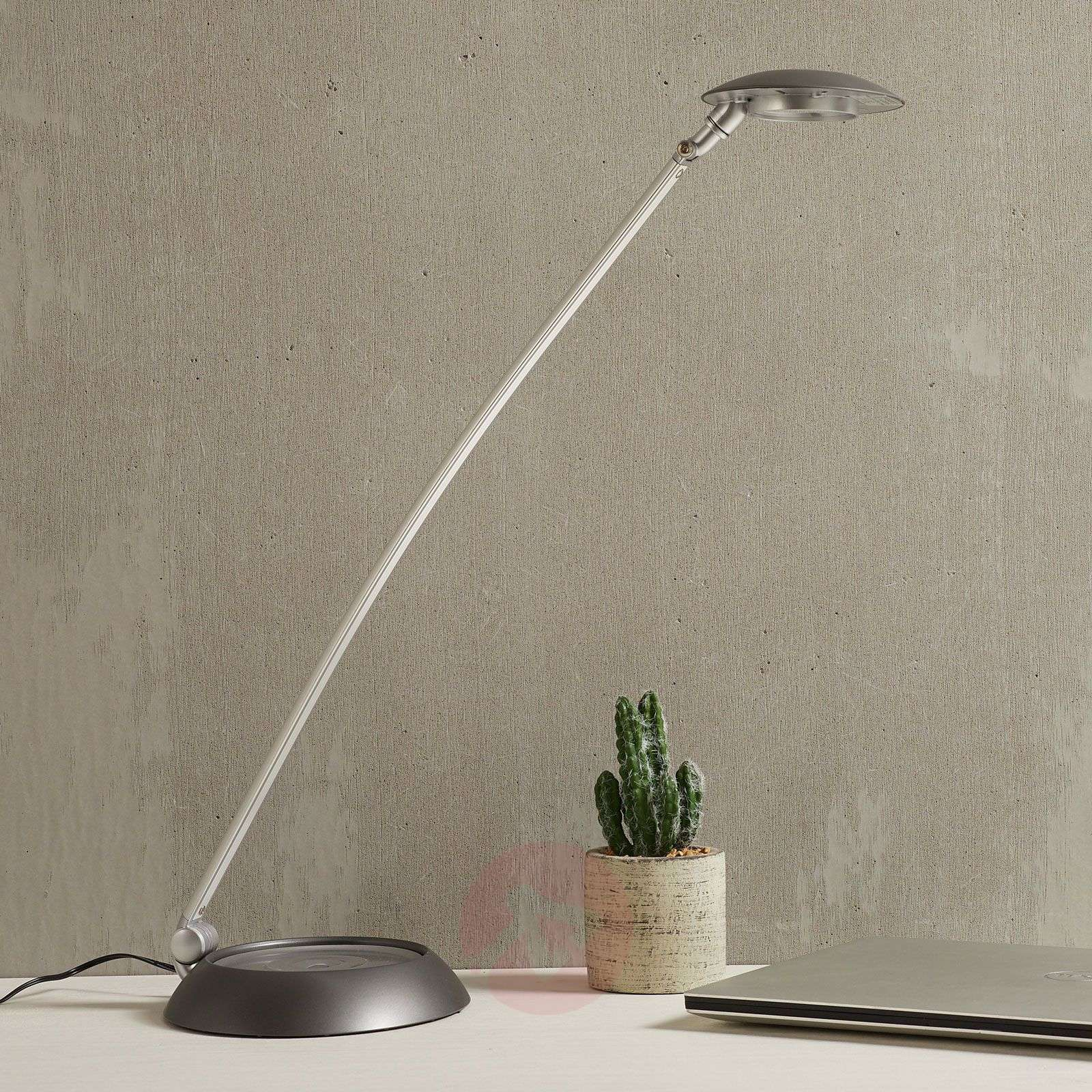 Two-way adjustable Forever LED table lamp, 8W-1065006-01